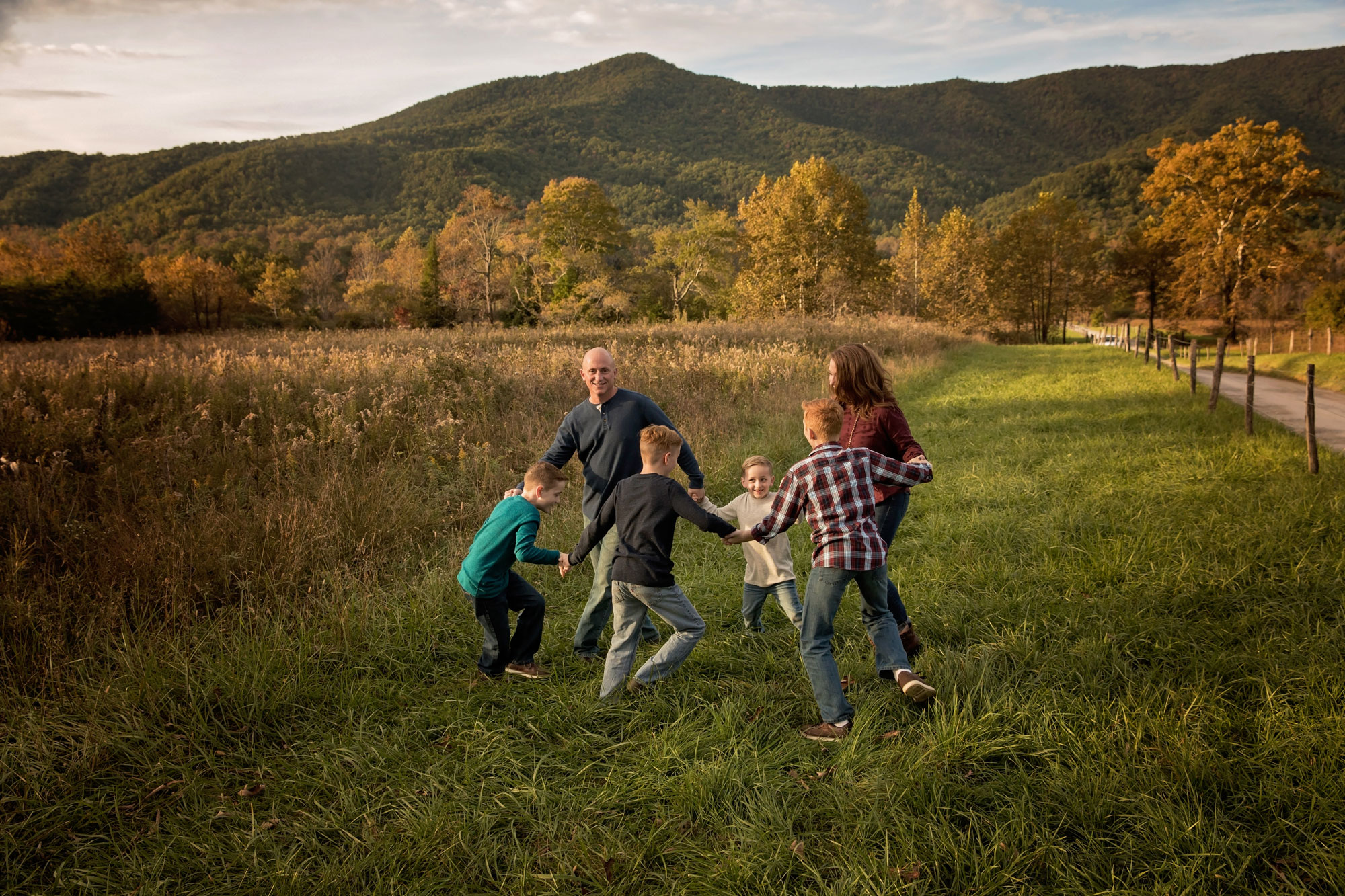 gatlinburg-photographers-candid-family-session.jpg