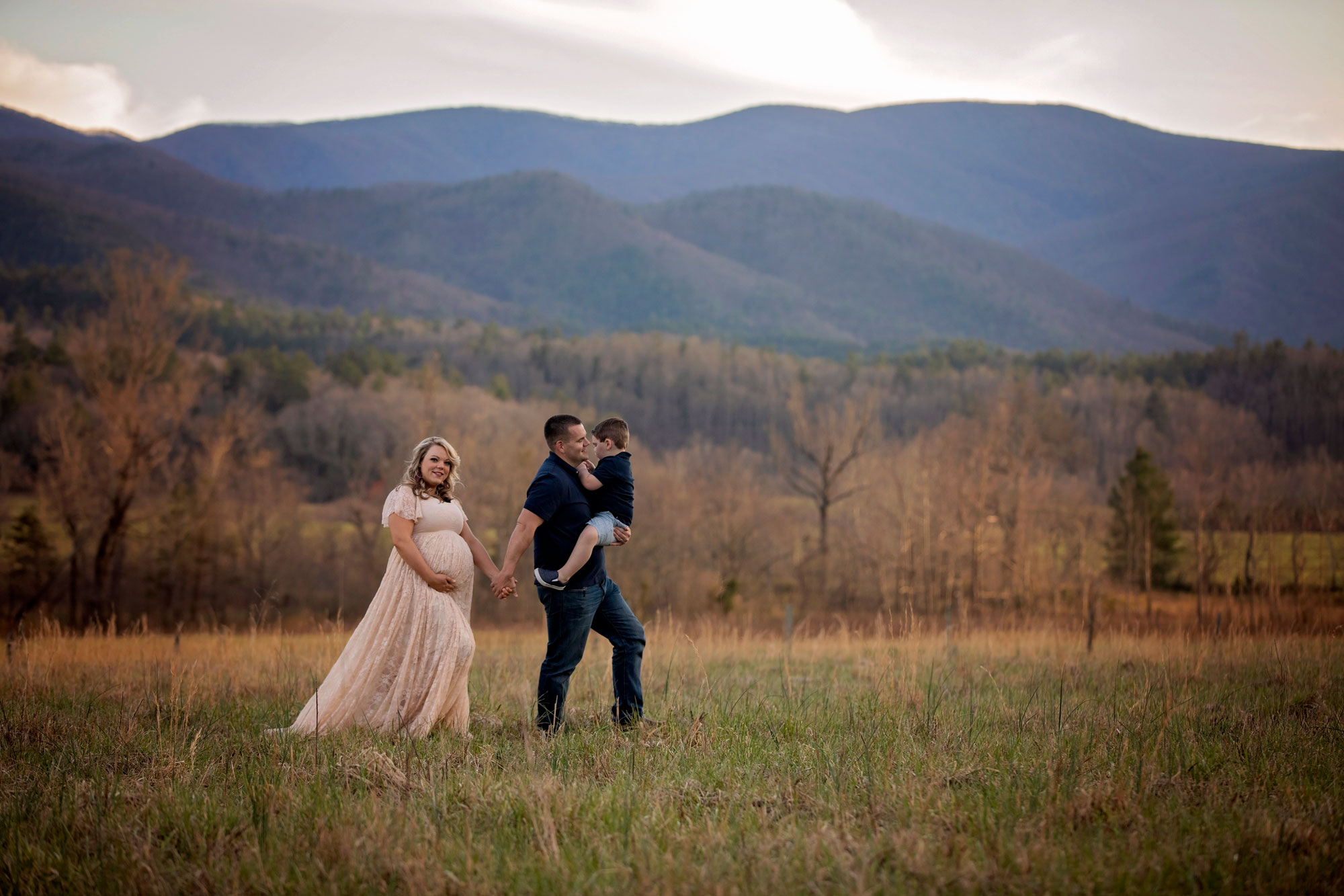 pigeon-forge-family-photographer-cades-cove-tn.jpg