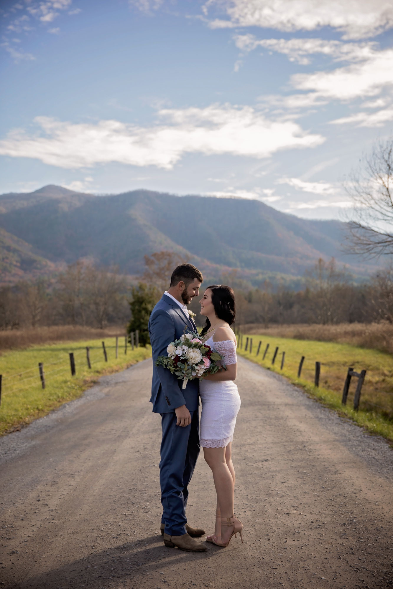cades-cove-photographer-elope-in-the-smokies.jpg