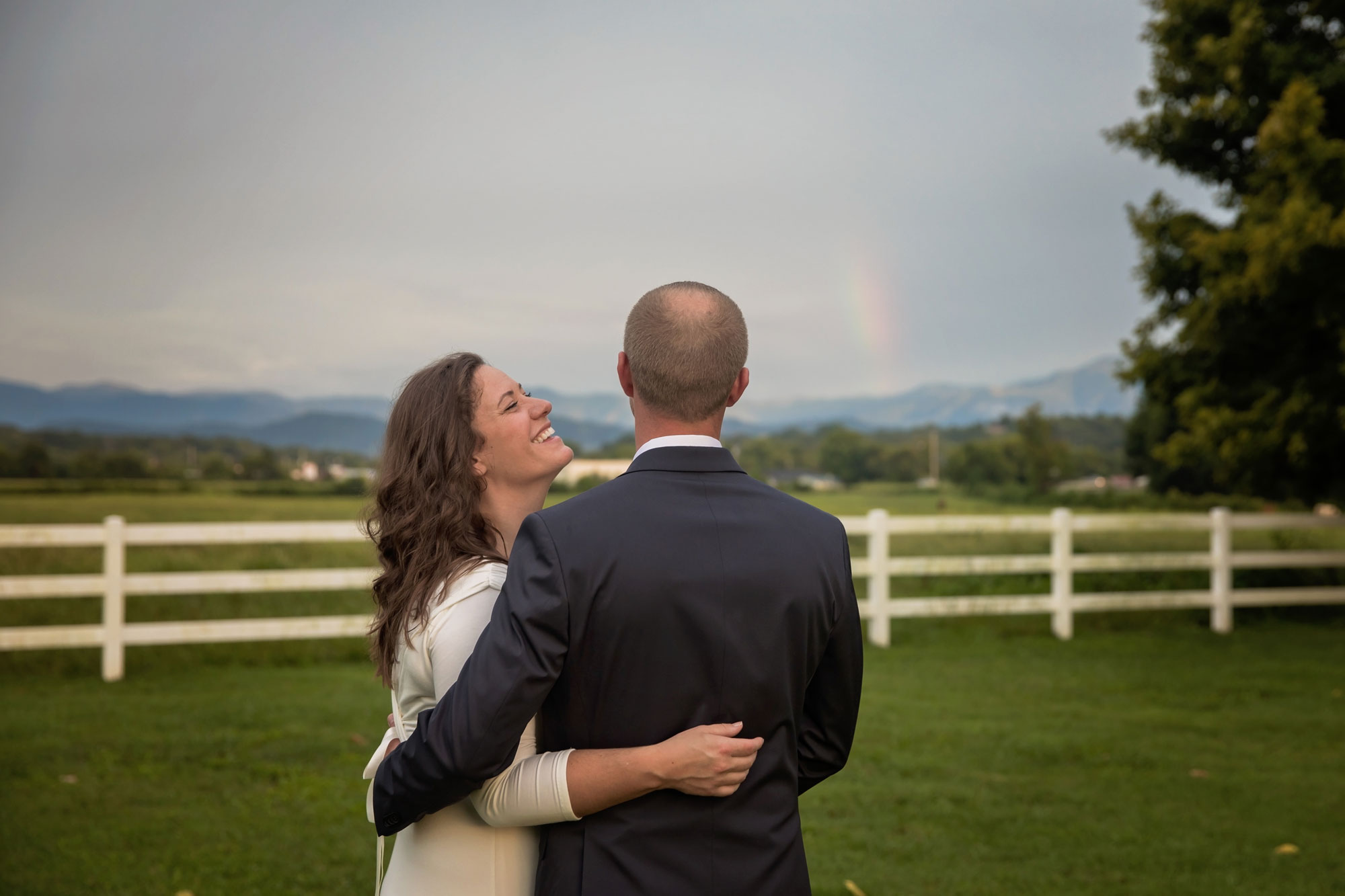 gatlinburg-tn-wedding-rainbow-over-couple.jpg