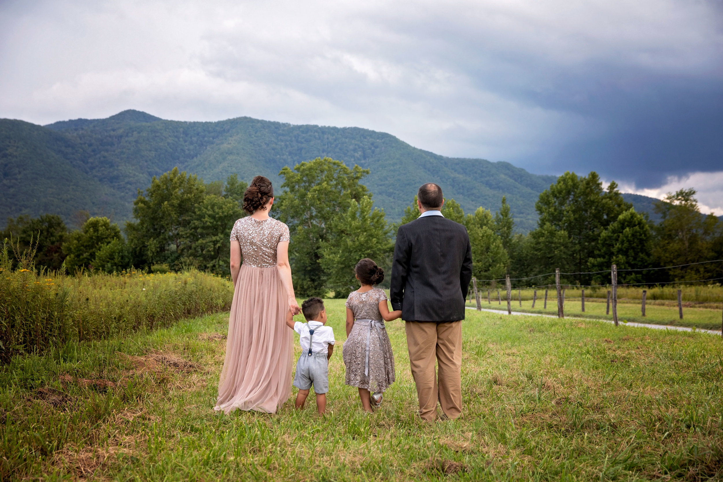 amoky-mountain-photographers-family-pictures-on-vacation.jpg