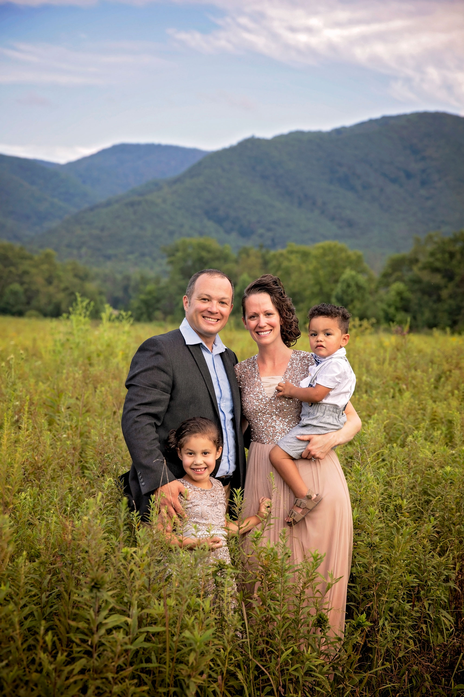 smoky-mountain-photographers-cades-cove-family-session.jpg