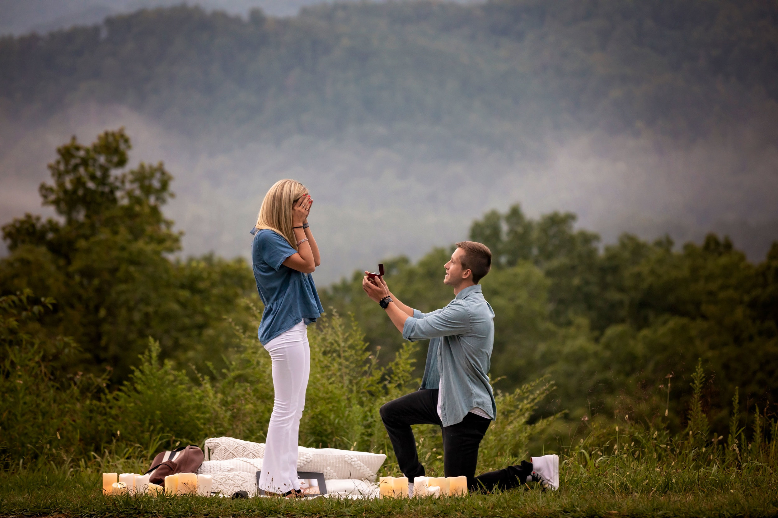 Gatlinburg-tn-surprise-proposal-photography.jpg