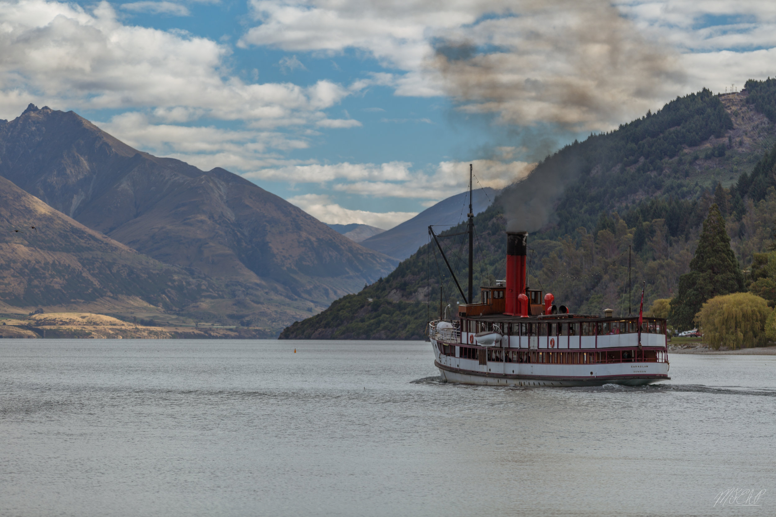 Earnslaw heading out of Queenstown.