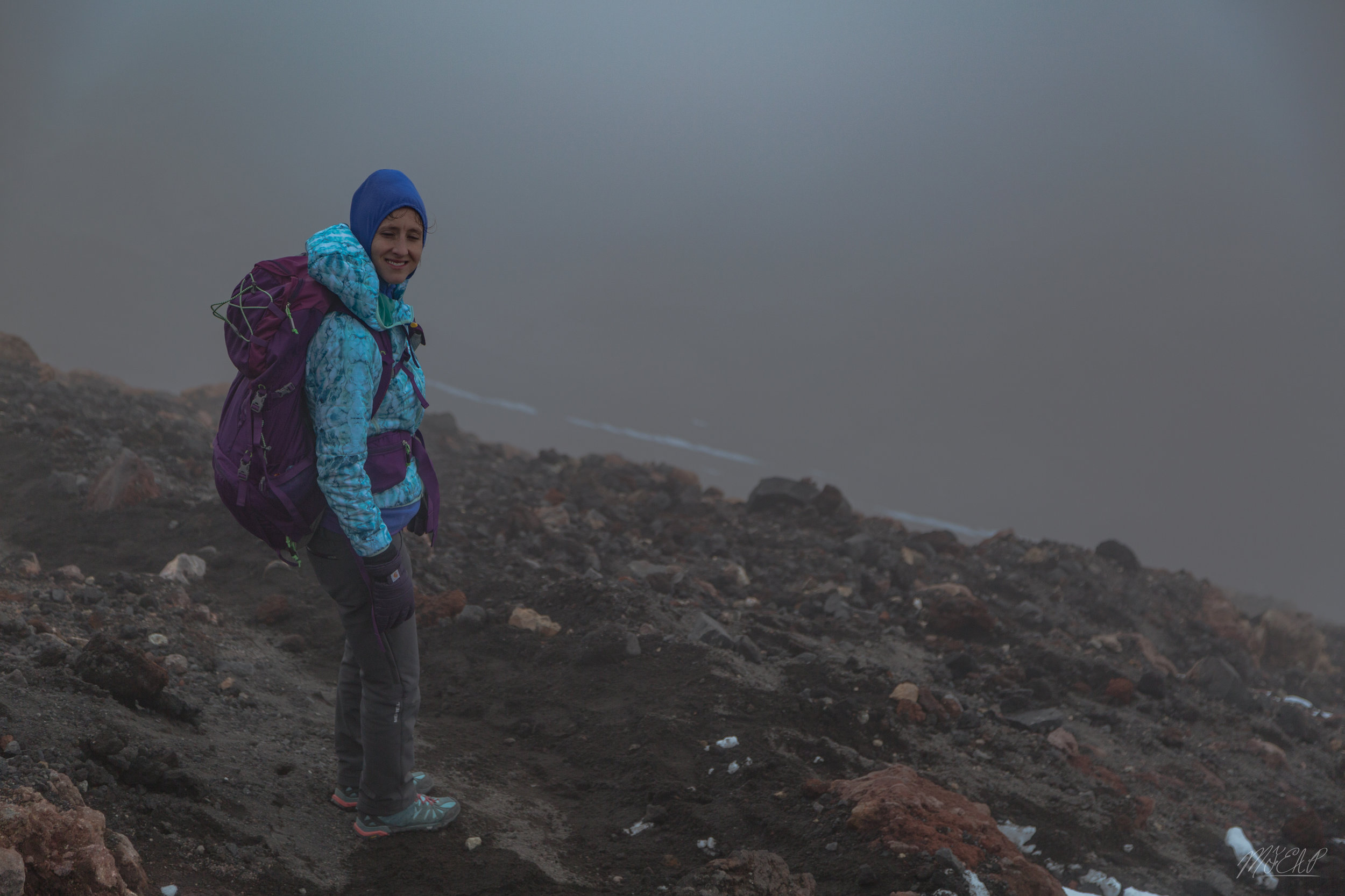 clouds rolled in just as we reached the summit
