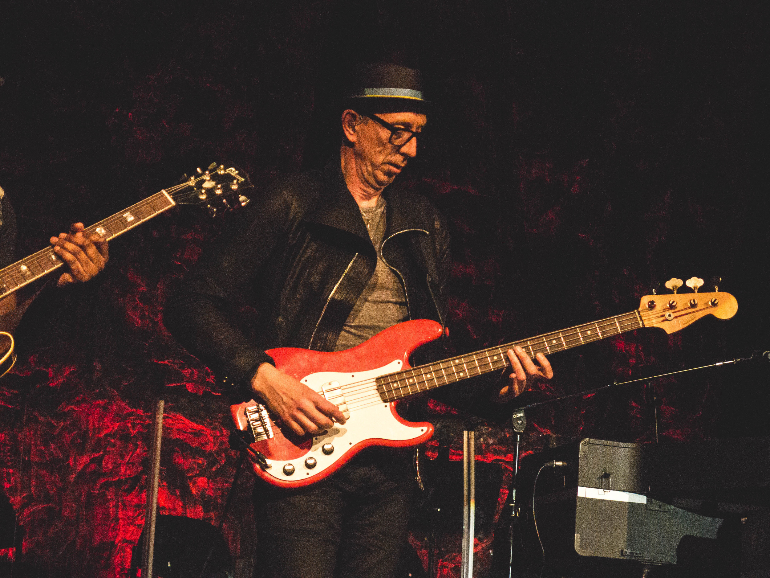 Master of the bass, Pino Palladino.