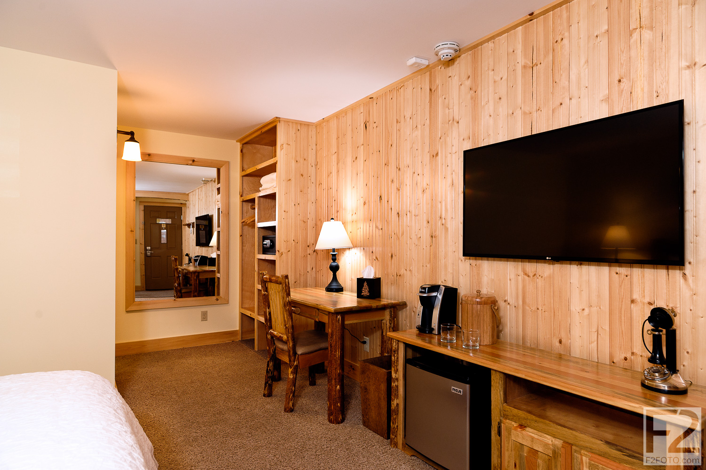 Adk-Spruce-Lodge-Facebook-5.jpg