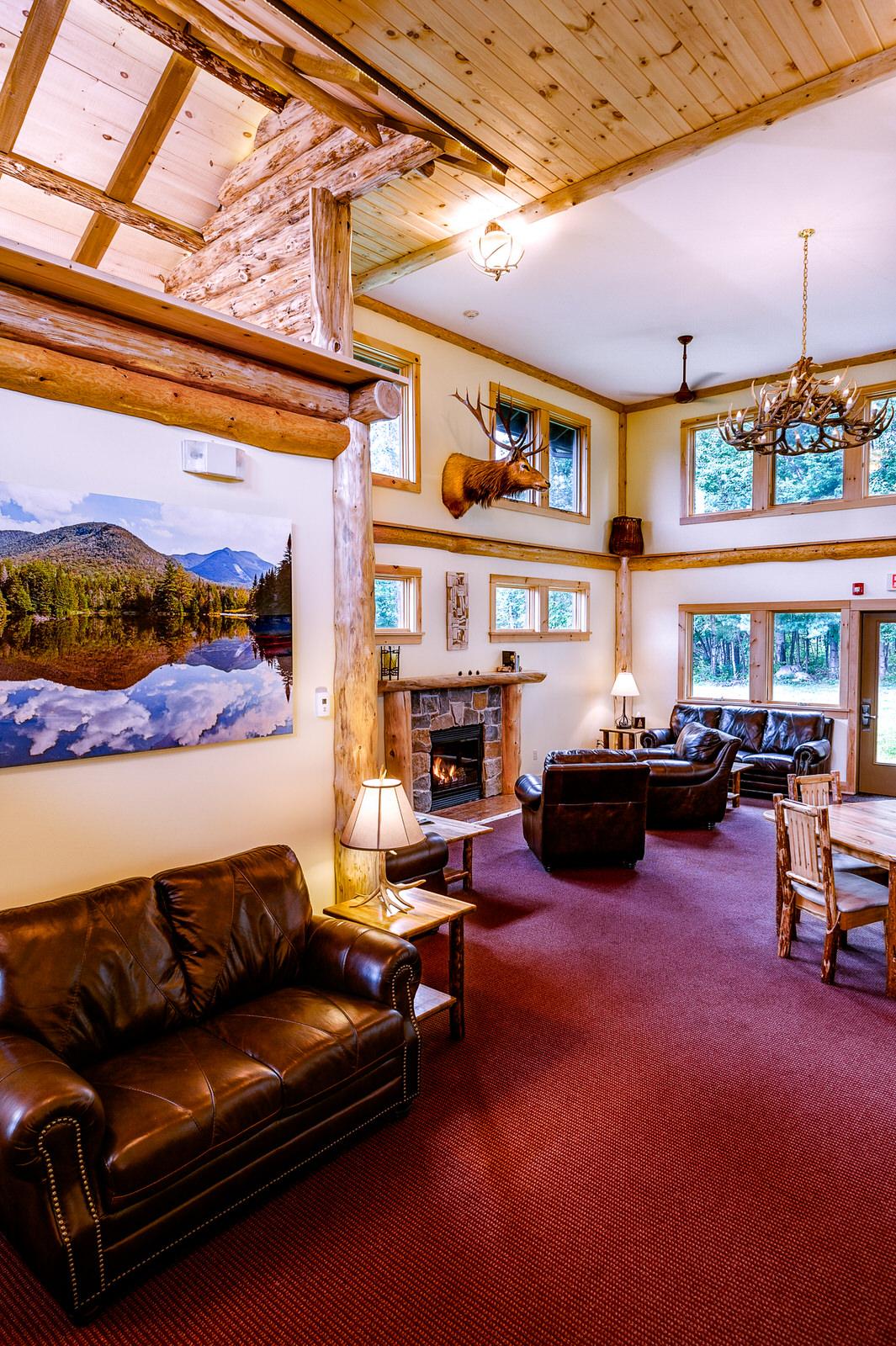 Adk-Spruce-Lodge-2048px-47.jpg