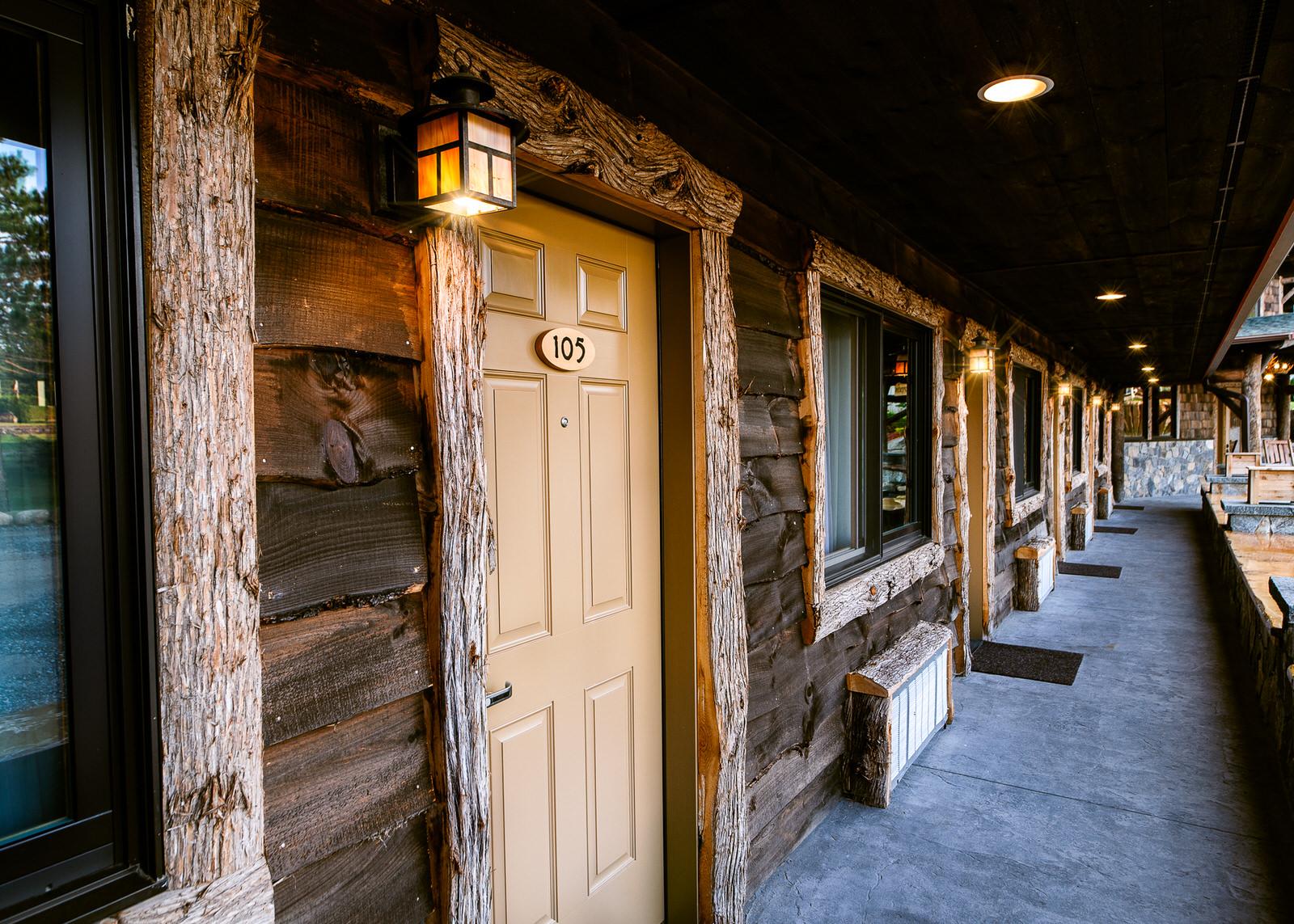 Adk-Spruce-Lodge-2048px-54.jpg