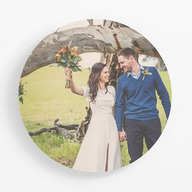 Circle panels look so 👌🙌 Such a special moment to capture ✨ . . . #printonwood #circleprint #plywoodprint #plywood #woodtowall #weddingphotos #weddingphotography #customprint #personalisedart #personalisedgift #giftideas #christmasgifting #christmasshopping #woodprint #madeinmelbourne #australianmade
