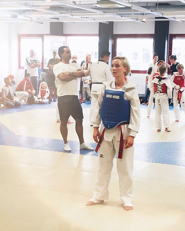 💫🖤 Black Belt Camp 2019 at @mudoacademy . So much fun & very hard work. Smashed my right hand, blisters all over my feet. Both physically and mentally straining to keep on going after three whole days of training from morning til evening, the last day ending with a belt grading.. . Can't wait to do it all again in December 😉, well, minus the stress of the belt grade which I'm now off the hook from for at least a year 😅
