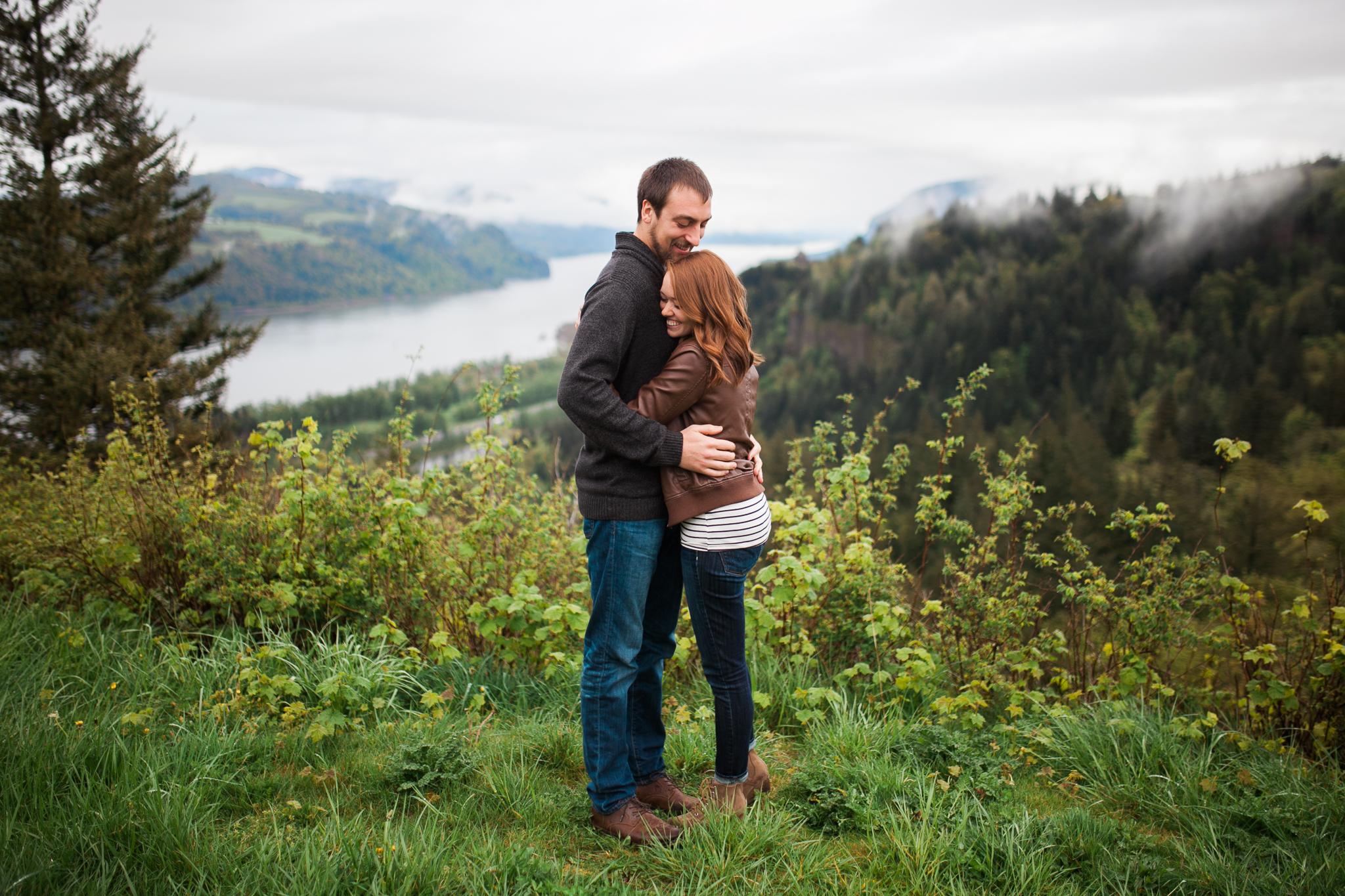 Portland-Oregon-Engagement-Jen-Dederich-Photography_003.jpg