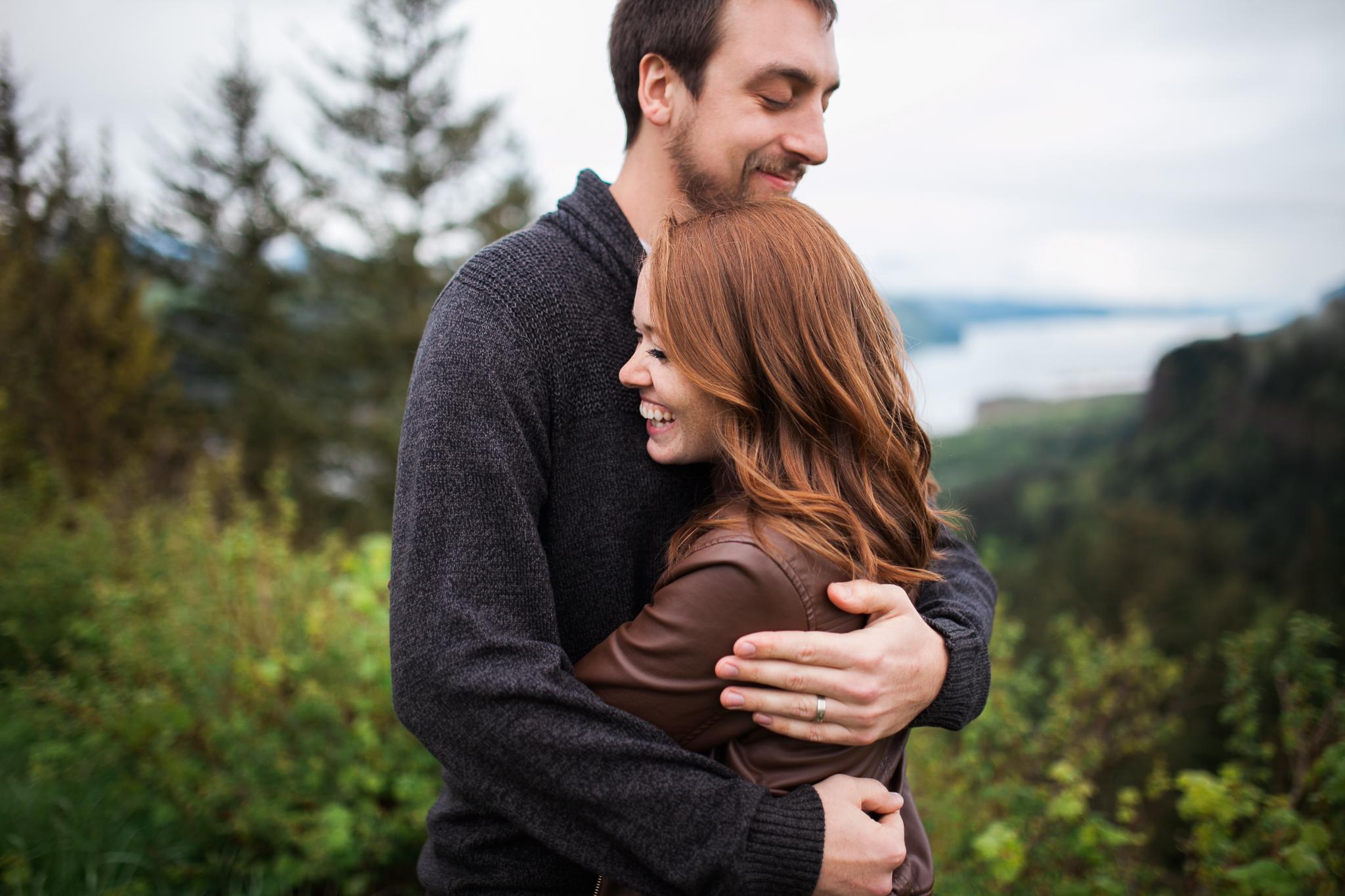 Portland-Oregon-Engagement-Jen-Dederich-Photography_006.jpg