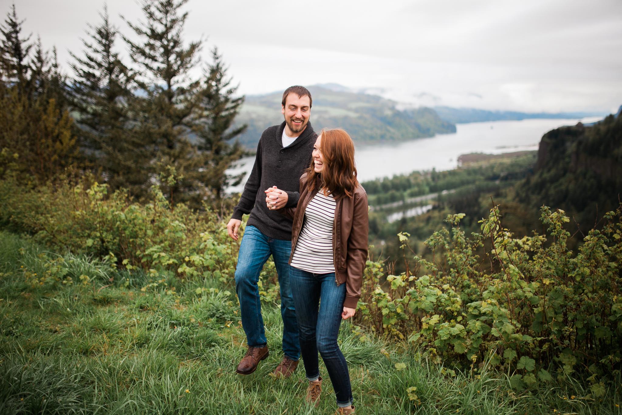 Portland-Oregon-Engagement-Jen-Dederich-Photography_008.jpg