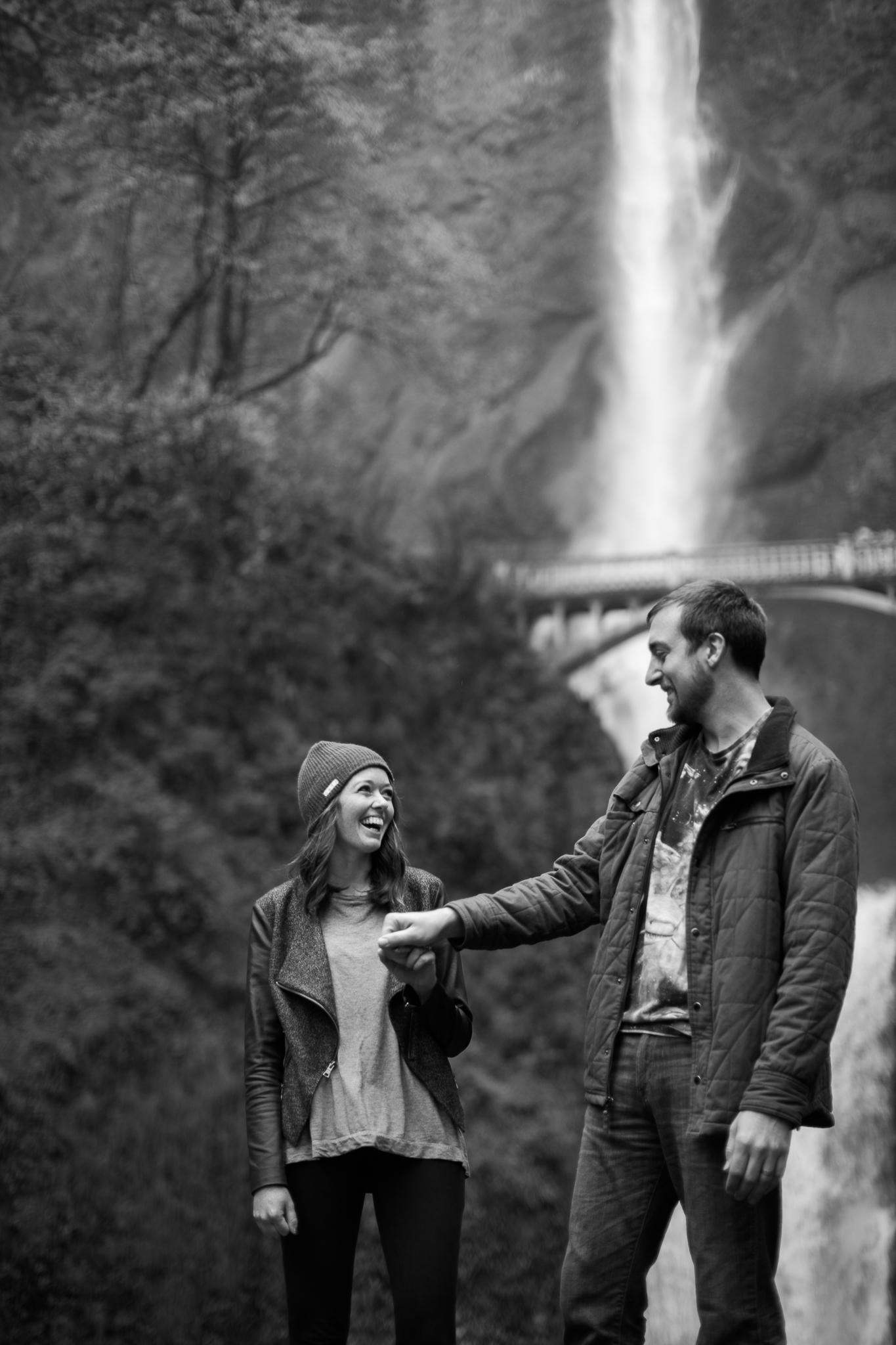 Portland-Oregon-Engagement-Jen-Dederich-Photography_017.jpg