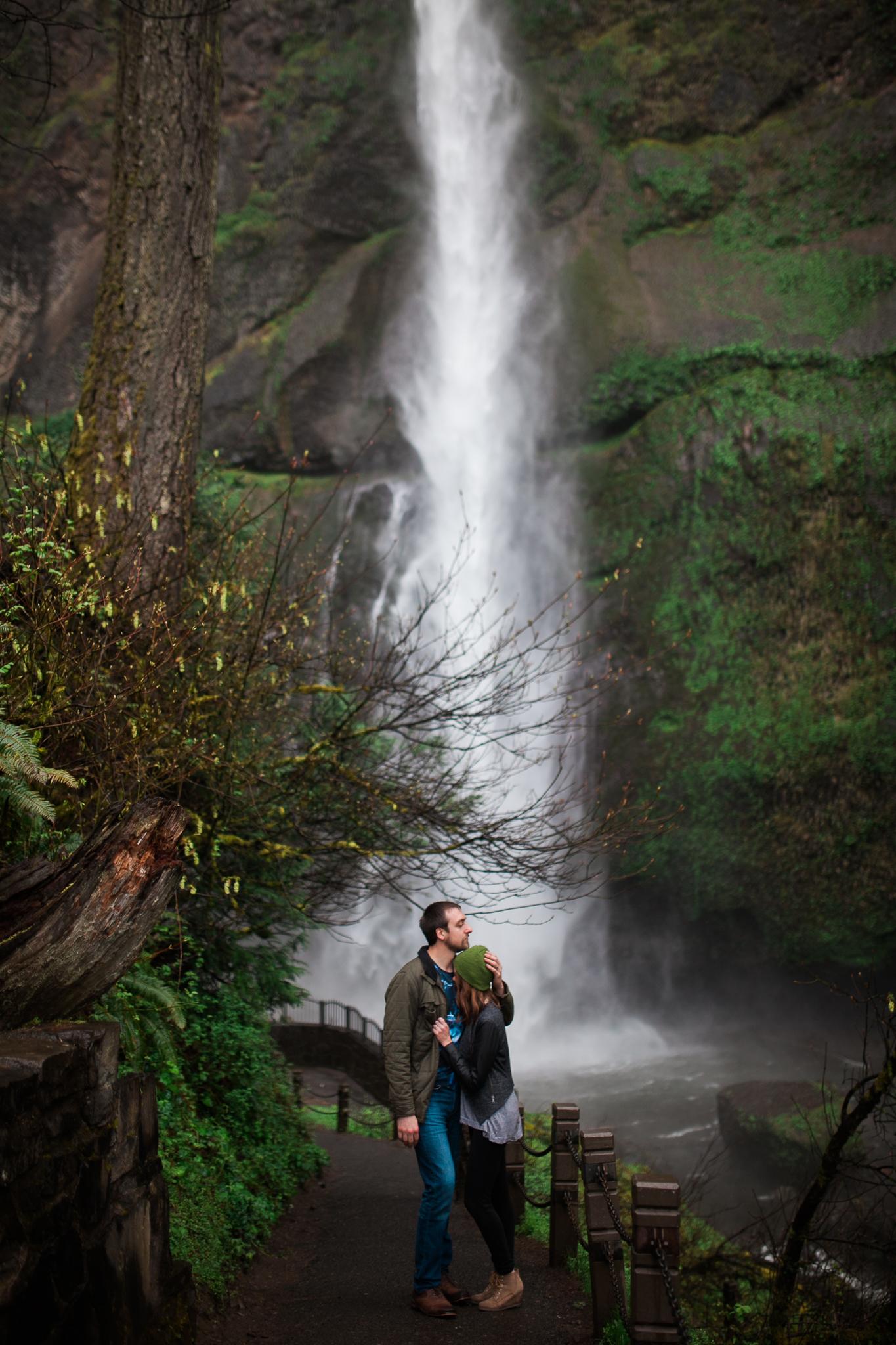 Portland-Oregon-Engagement-Jen-Dederich-Photography_020.jpg