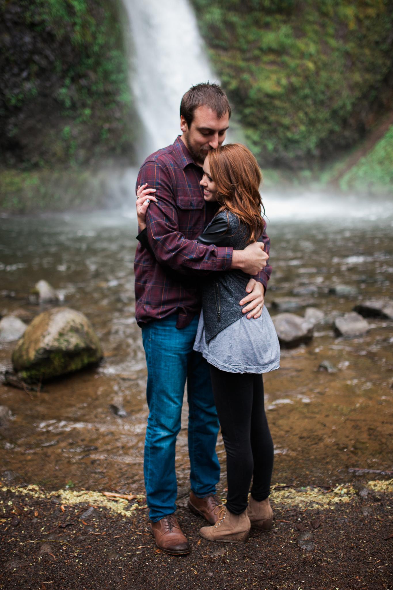 Portland-Oregon-Engagement-Jen-Dederich-Photography_022.jpg