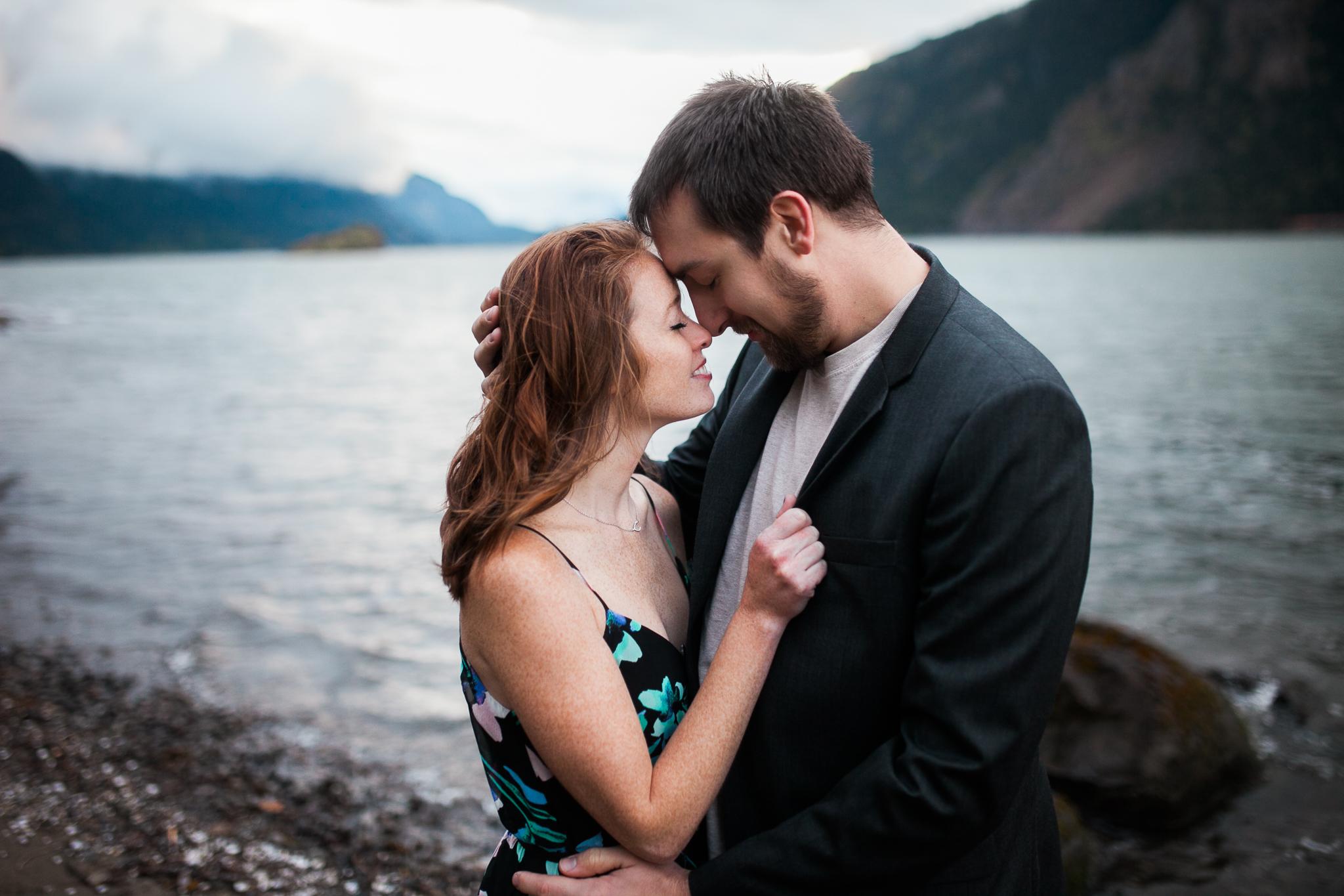 Portland-Oregon-Engagement-Jen-Dederich-Photography_029.jpg