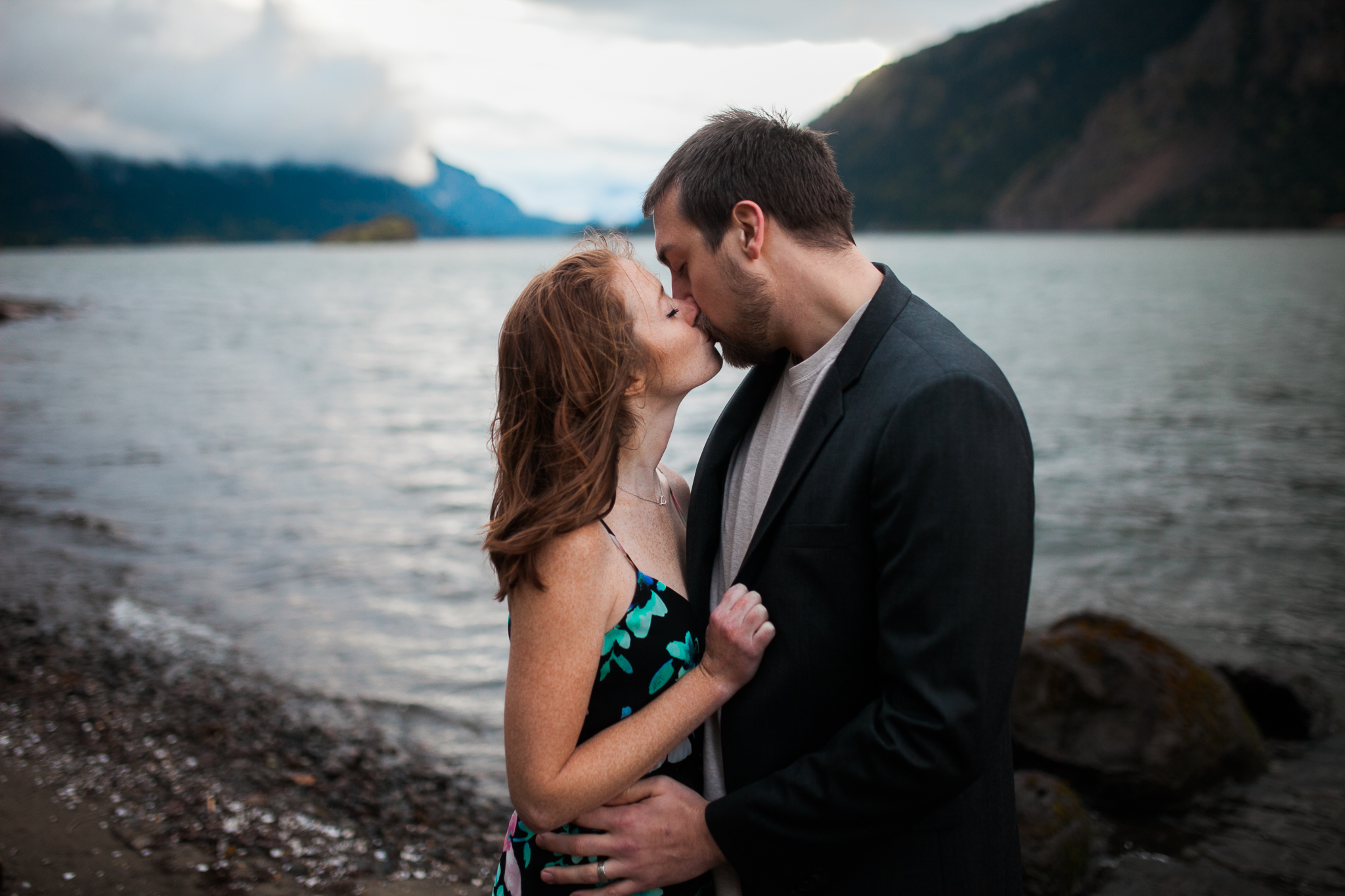 Portland-Oregon-Engagement-Jen-Dederich-Photography_031.jpg