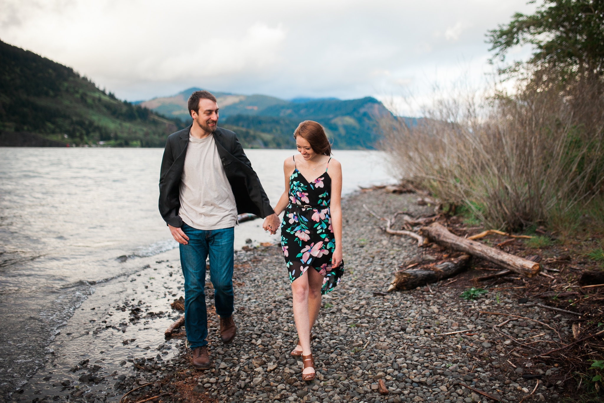 Portland-Oregon-Engagement-Jen-Dederich-Photography_036.jpg