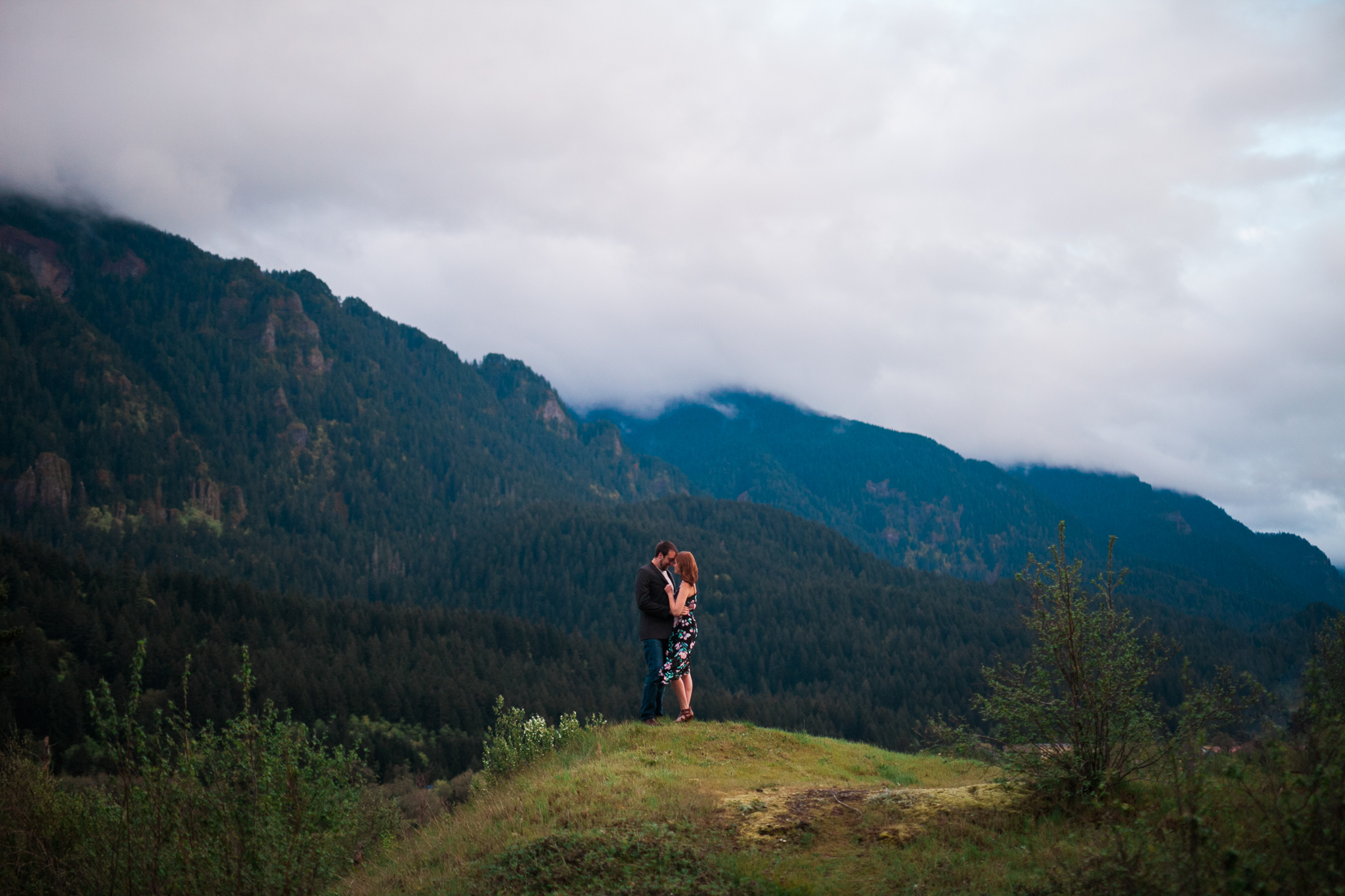 Portland-Oregon-Engagement-Jen-Dederich-Photography_044.jpg
