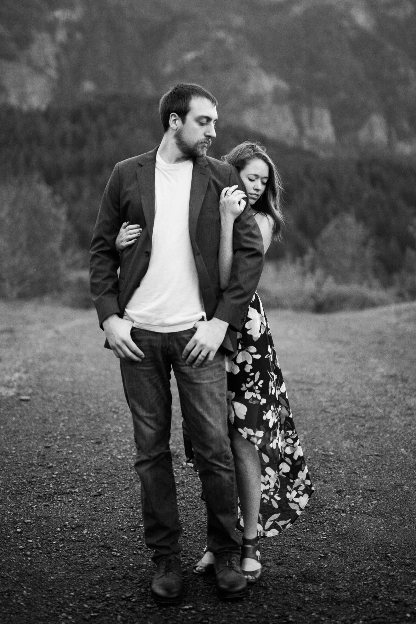 Portland-Oregon-Engagement-Jen-Dederich-Photography_048.jpg