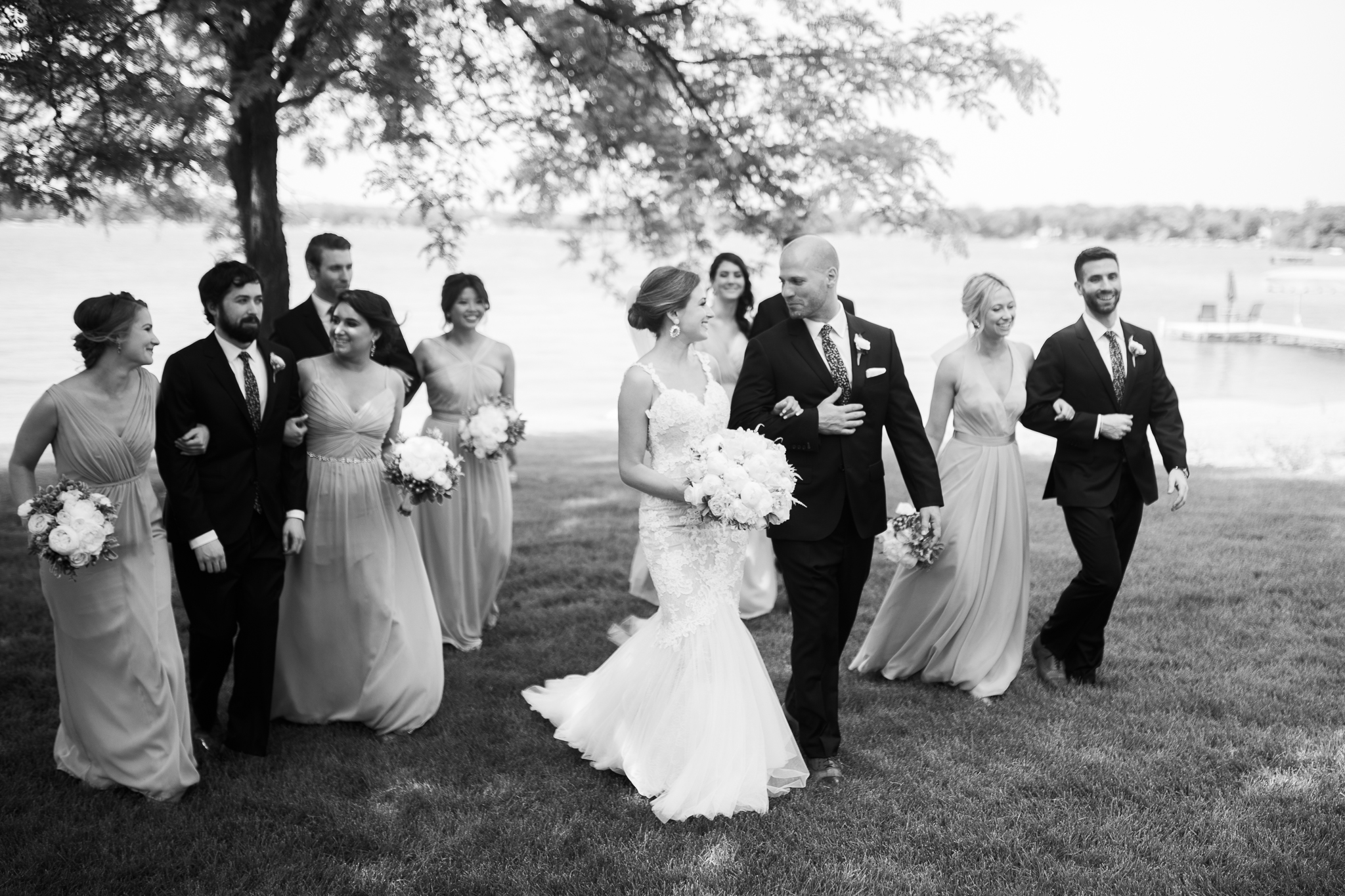 Backyard-Wisconsin-Lake-wedding_097.jpg