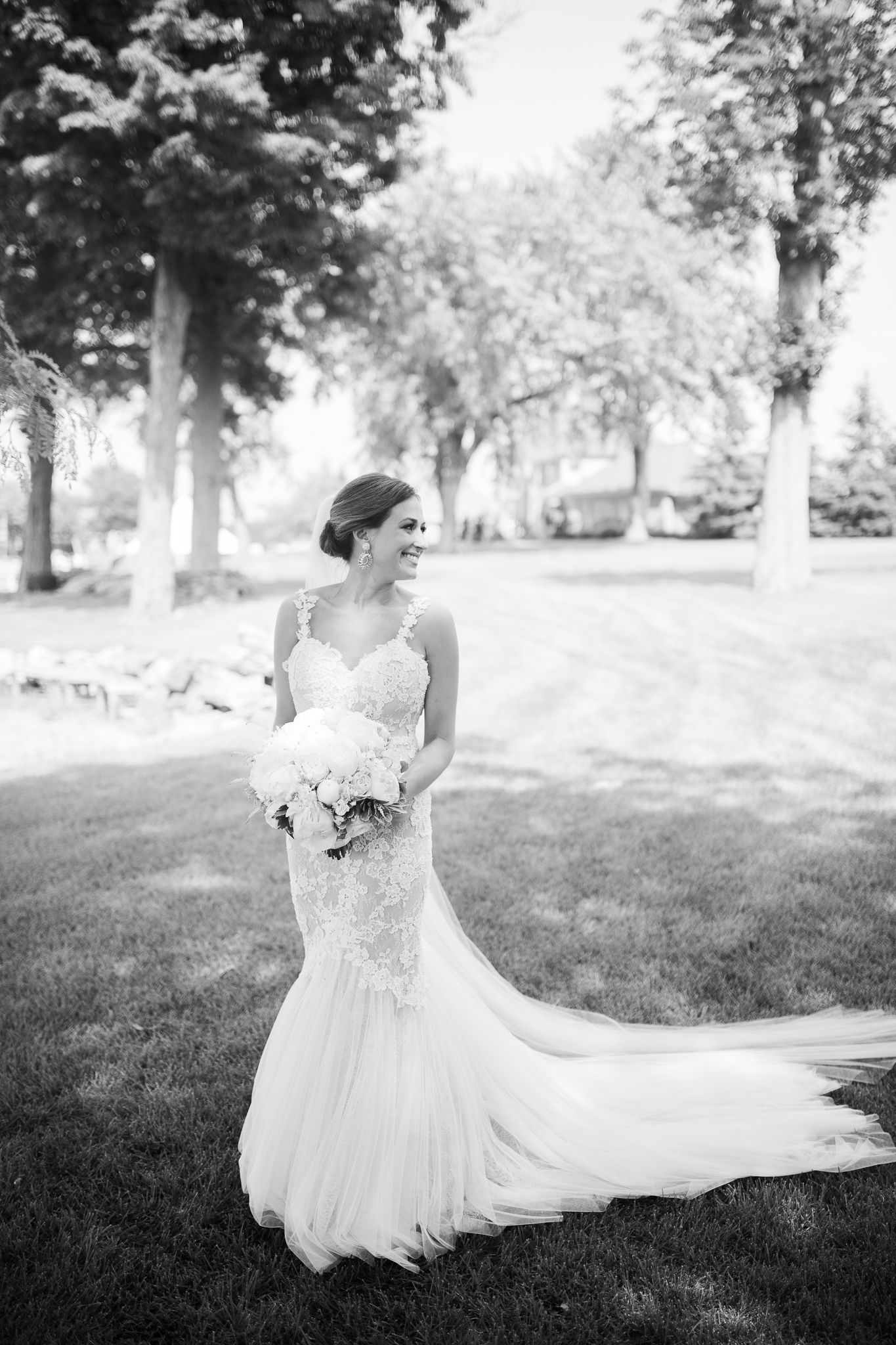Backyard-Wisconsin-Lake-wedding_118.jpg