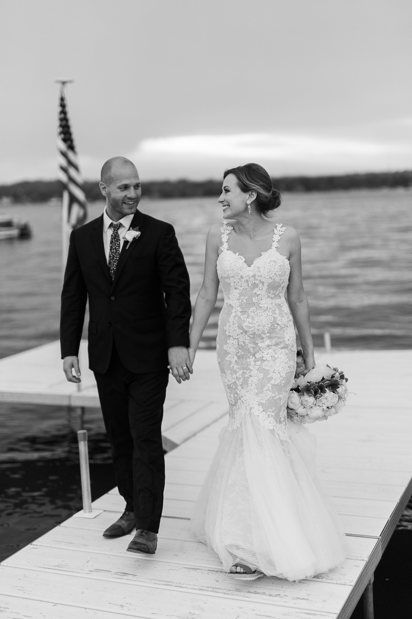 Backyard-Wisconsin-Lake-wedding_192.jpg
