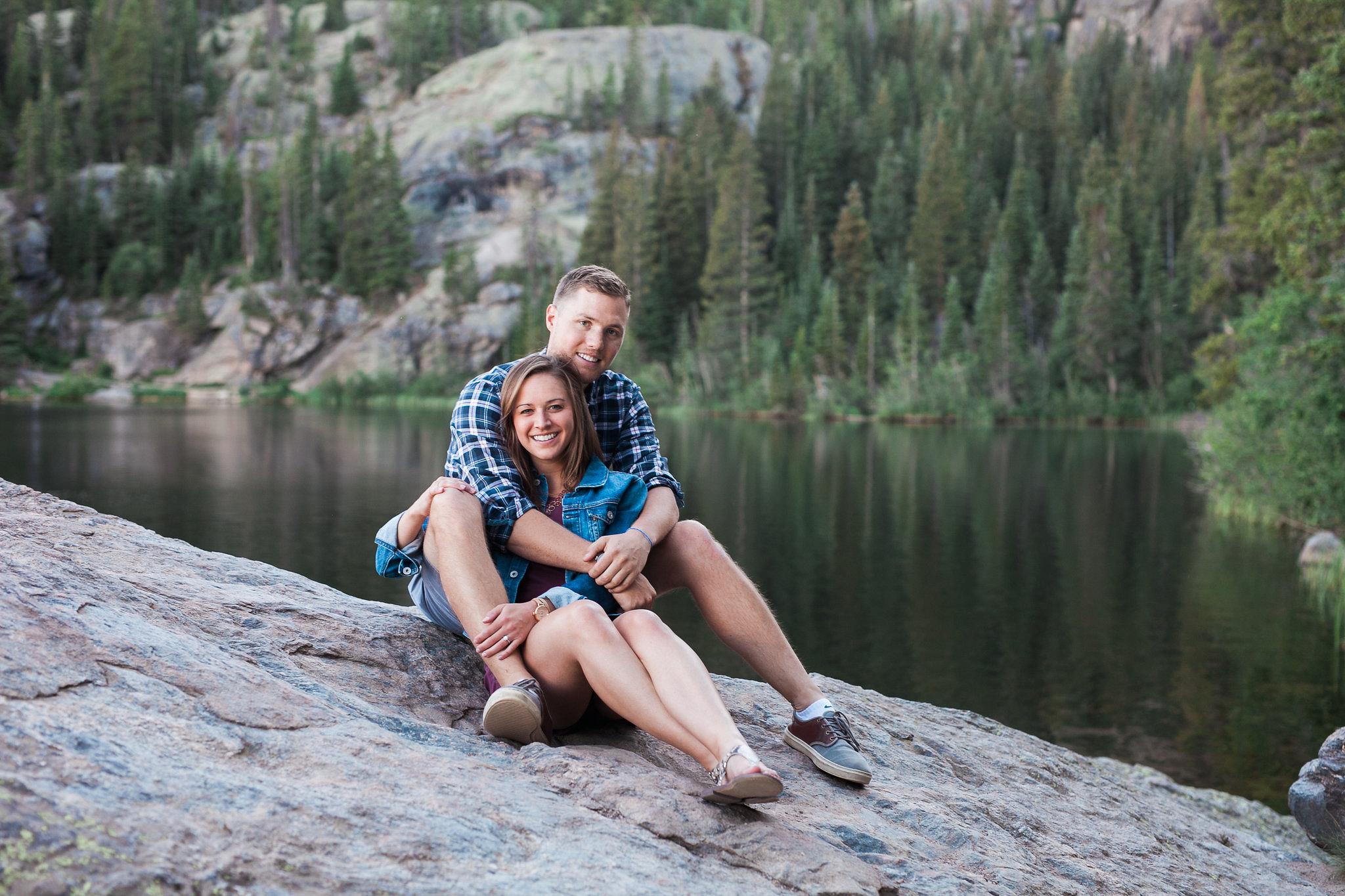 Rocky-Mountain-National-Park-engagement_014.jpg