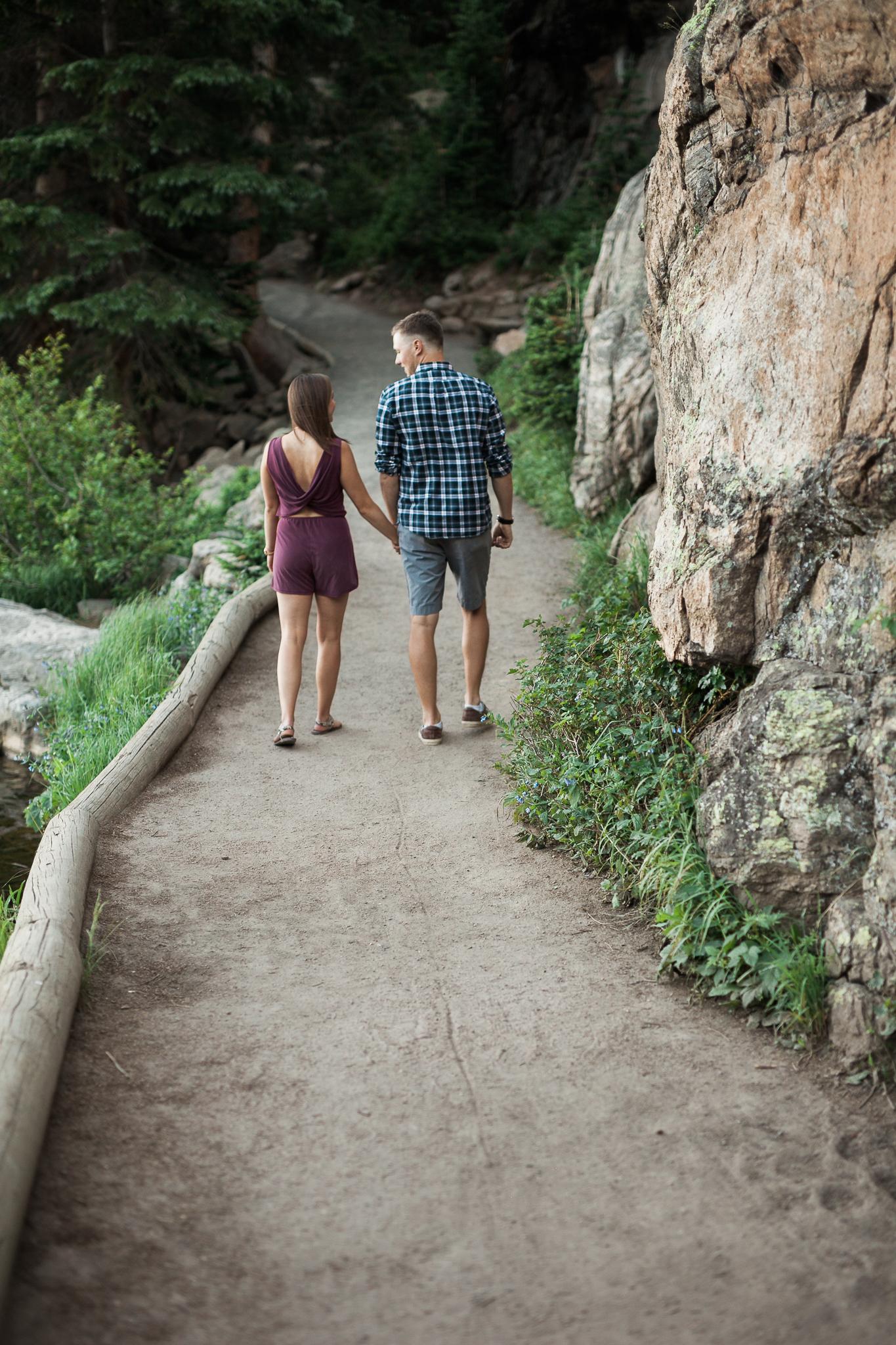 Rocky-Mountain-National-Park-engagement_022.jpg