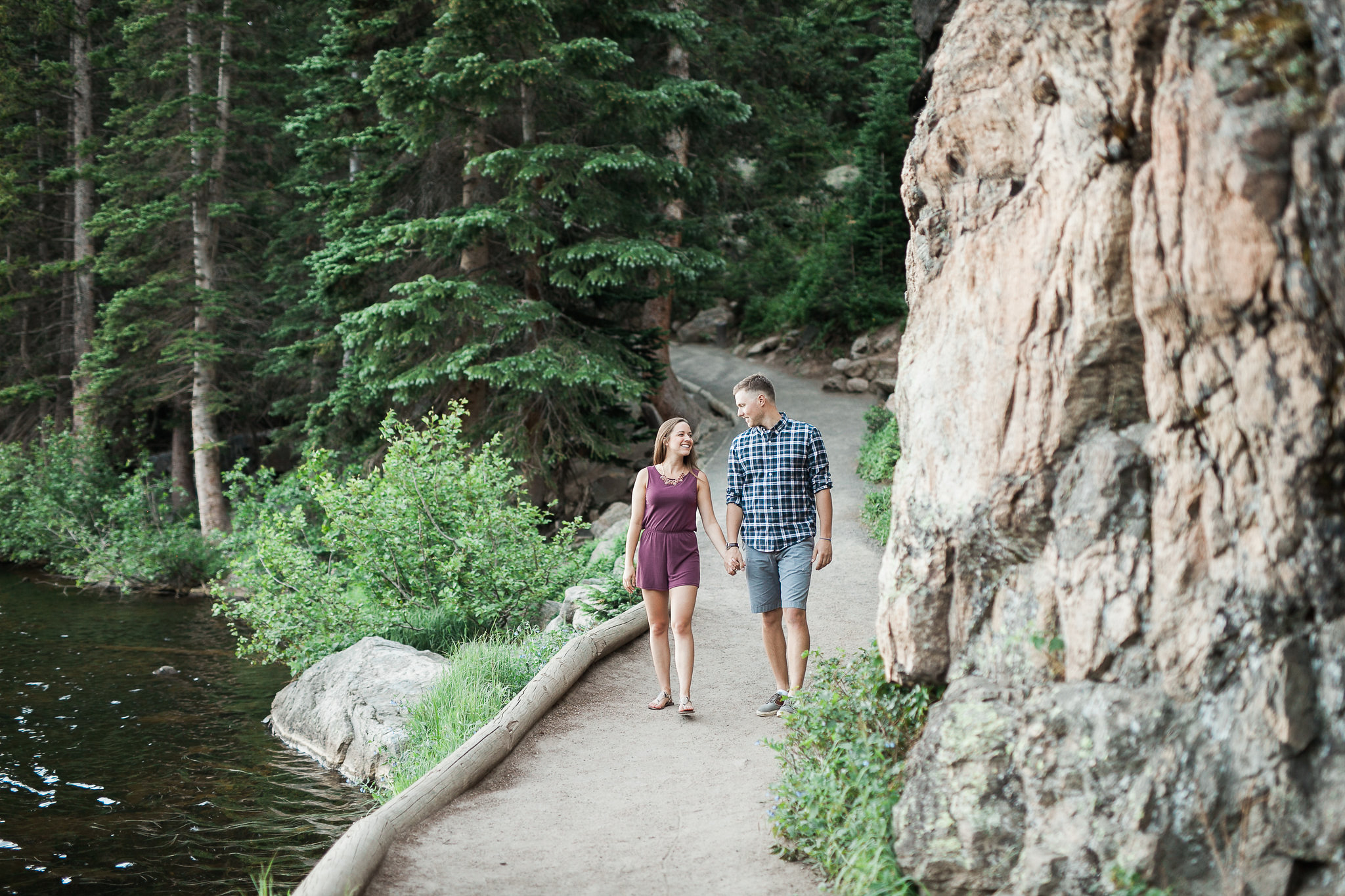 Rocky-Mountain-National-Park-engagement_023.jpg