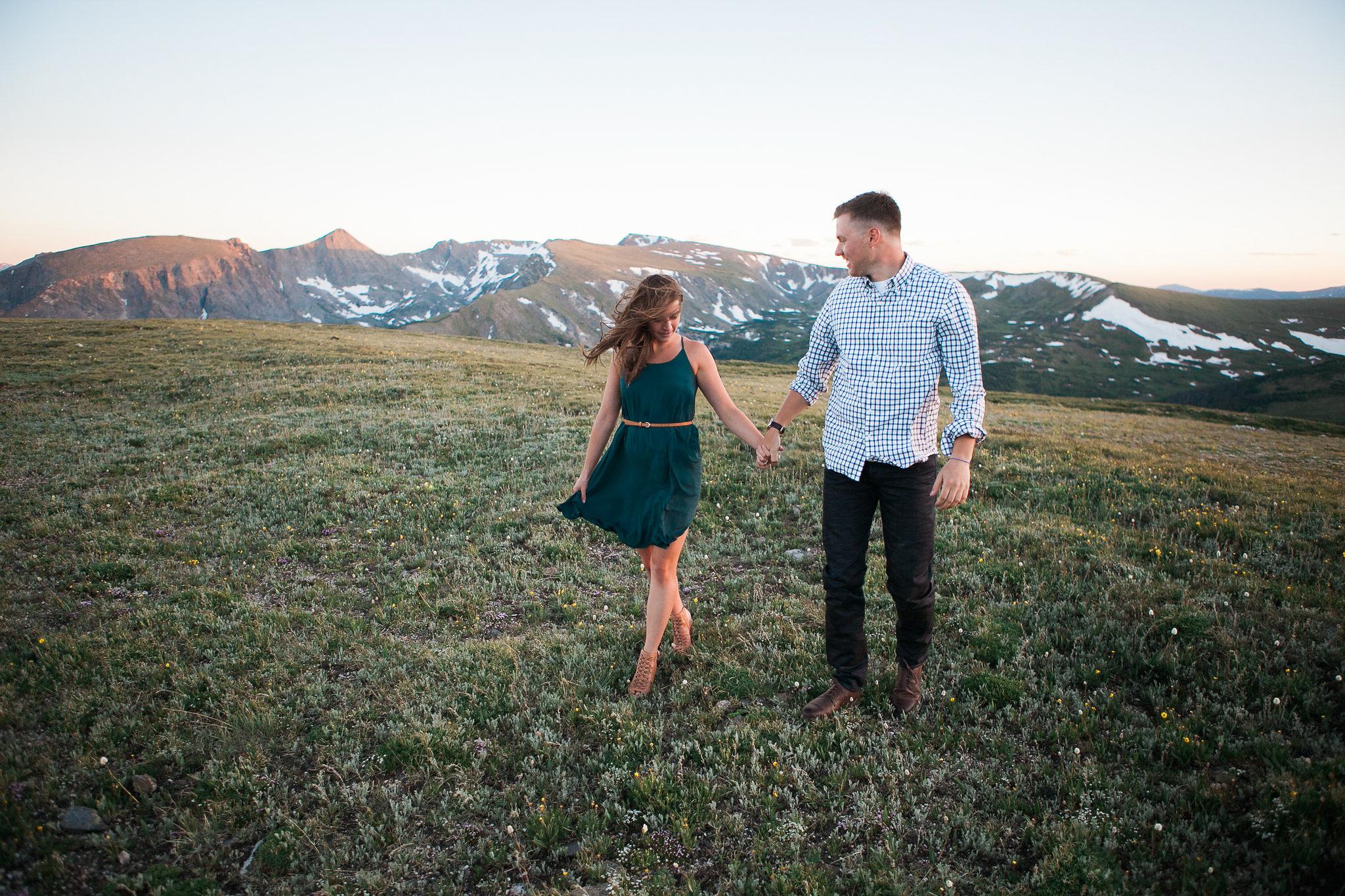 Rocky-Mountain-National-Park-engagement_046.jpg