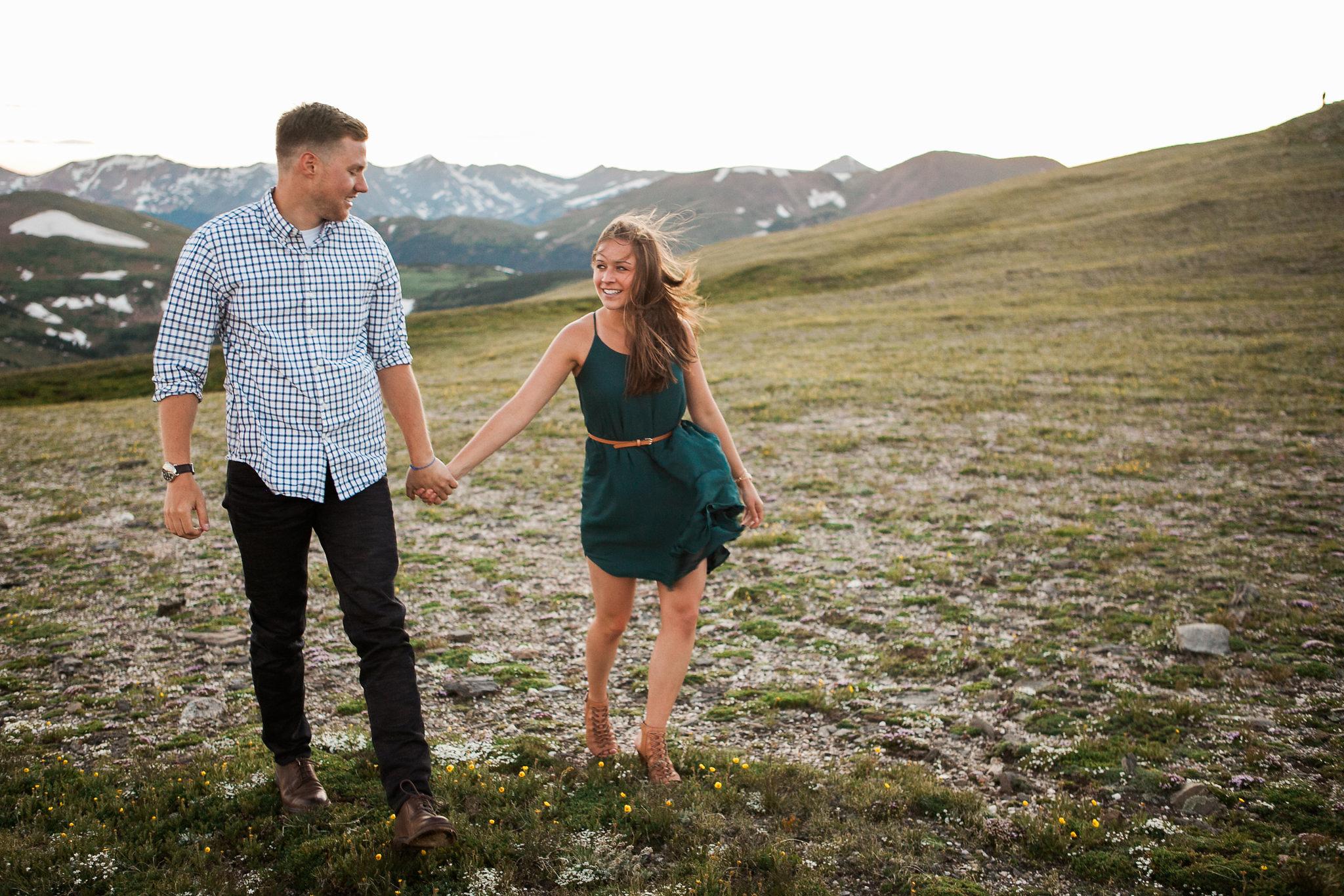 Rocky-Mountain-National-Park-engagement_054.jpg
