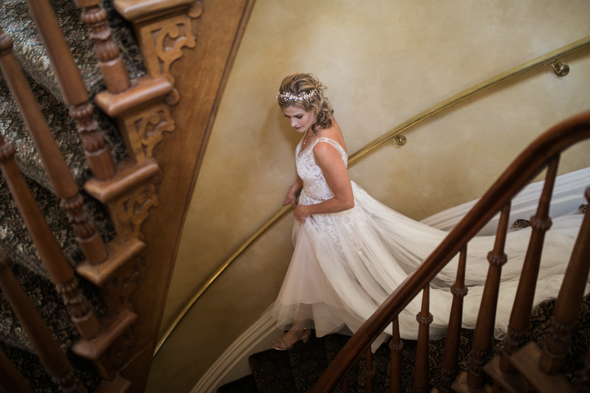 Paoli-Mill-wedding-summer-Wisconsin_038.jpg