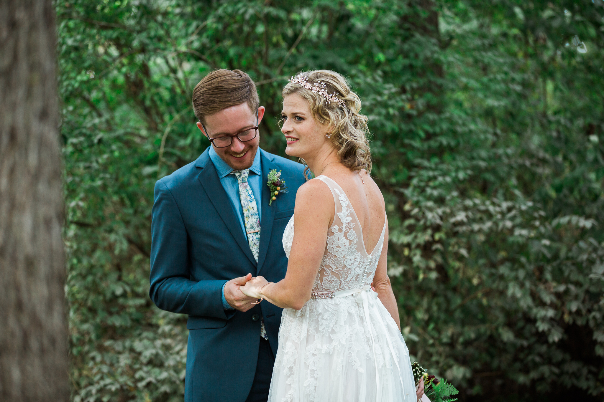 Paoli-Mill-wedding-summer-Wisconsin_047.jpg