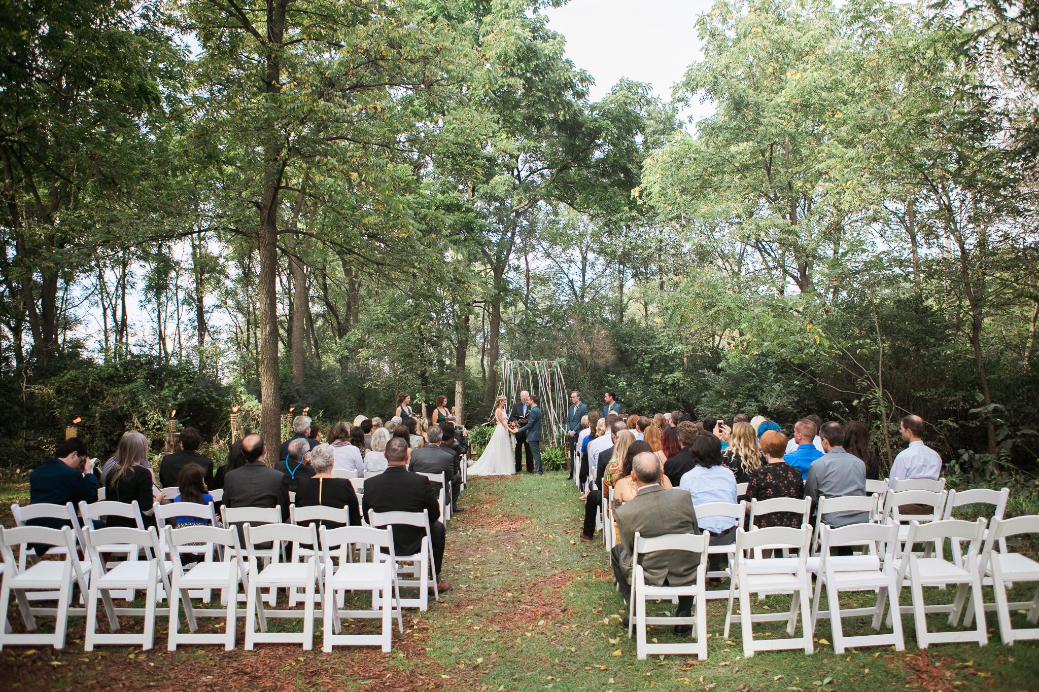 Paoli-Mill-wedding-summer-Wisconsin_087.jpg