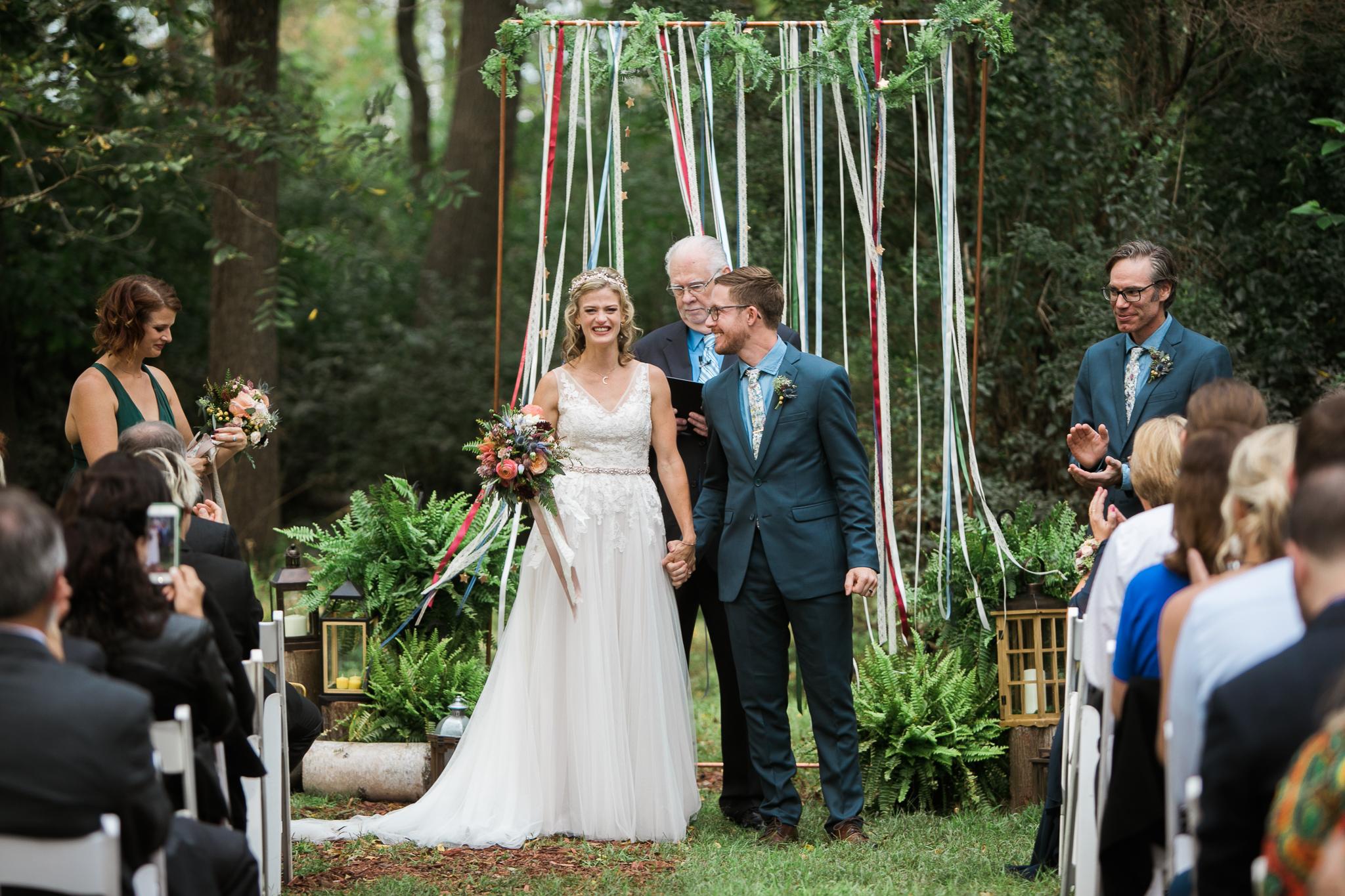 Paoli-Mill-wedding-summer-Wisconsin_125.jpg