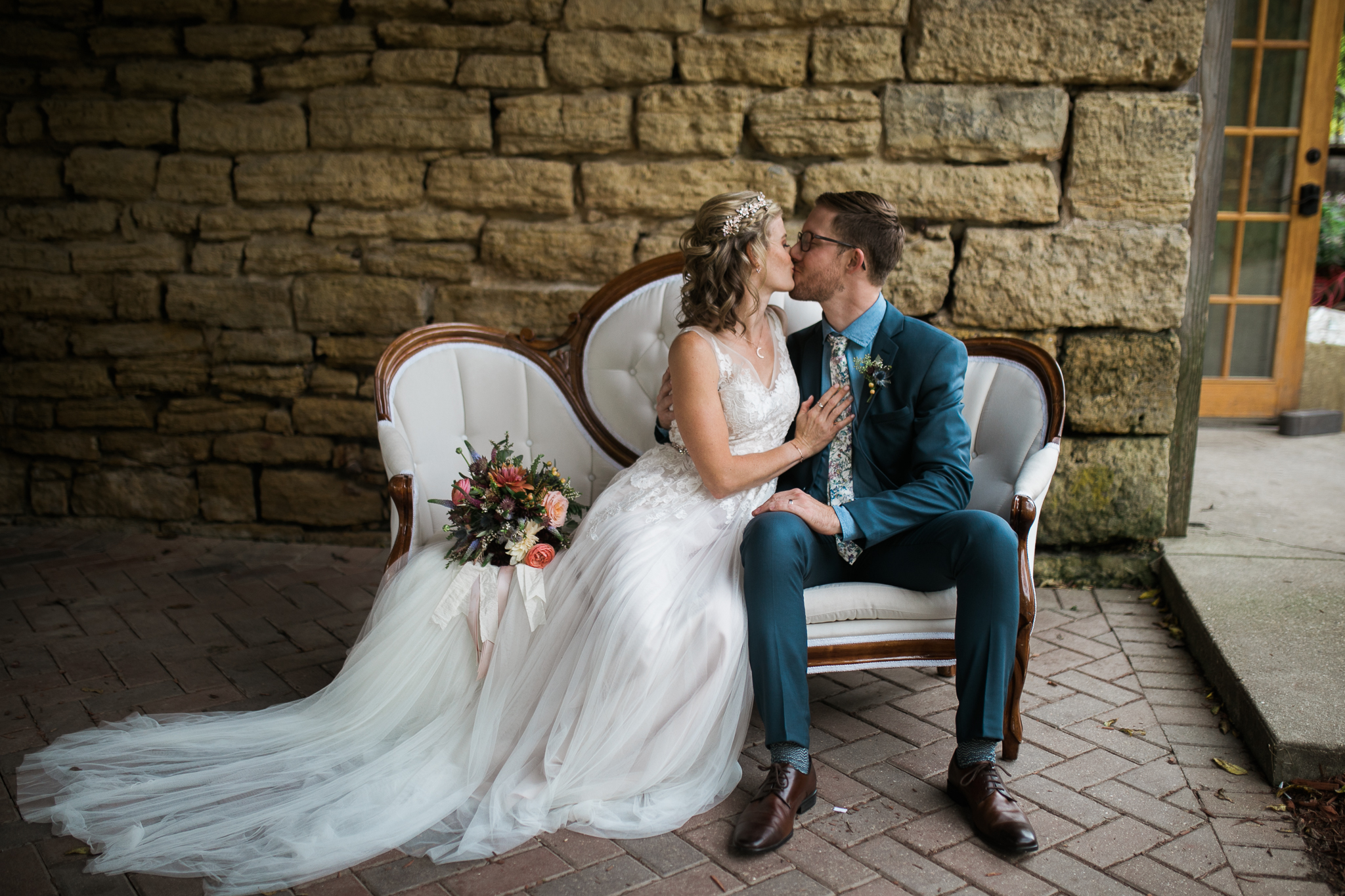 Paoli-Mill-wedding-summer-Wisconsin_161.jpg
