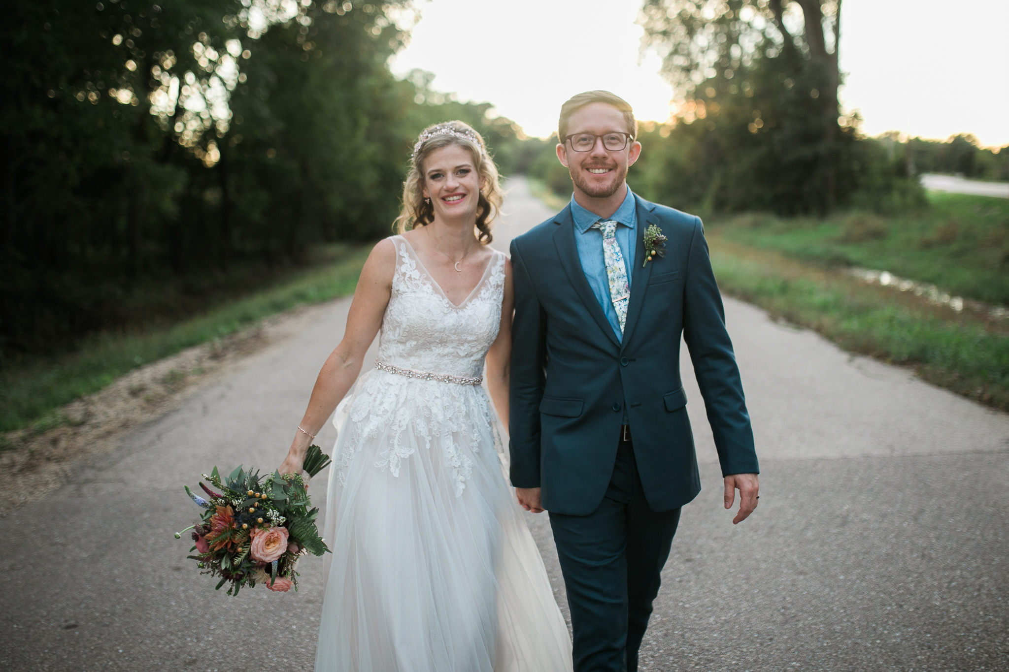 Paoli-Mill-wedding-summer-Wisconsin_179.jpg