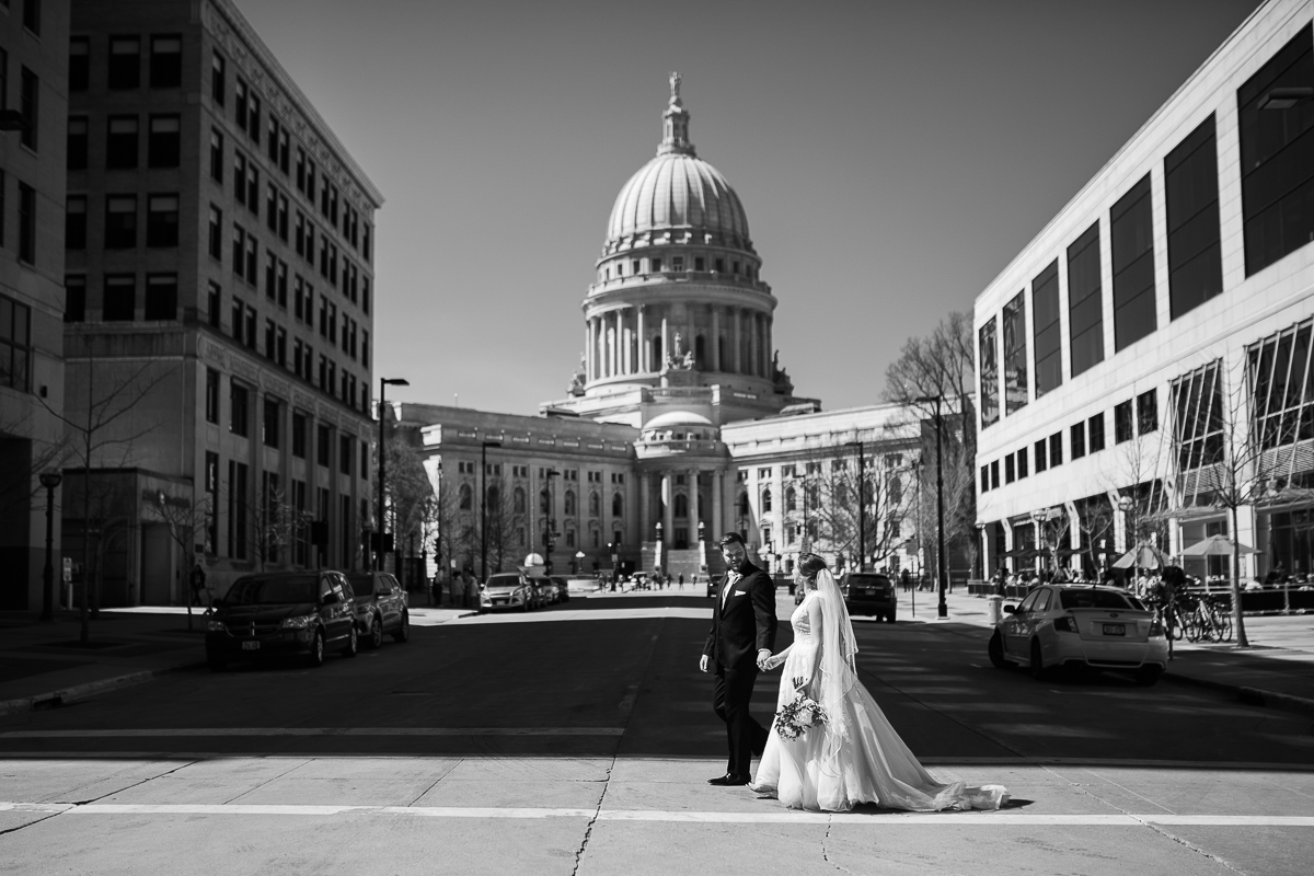 Madison-Wisconsin-downtown-wedding_049.jpg