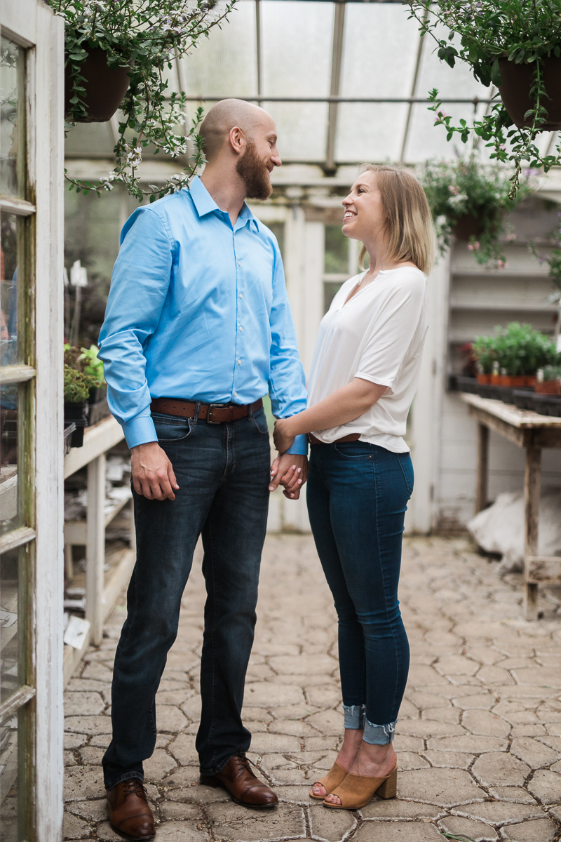Greehouse-engagement-portraits-Delafield-Wisconsin_011.jpg