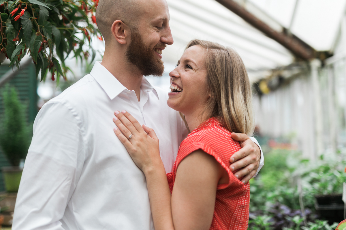 Greehouse-engagement-portraits-Delafield-Wisconsin_035.jpg