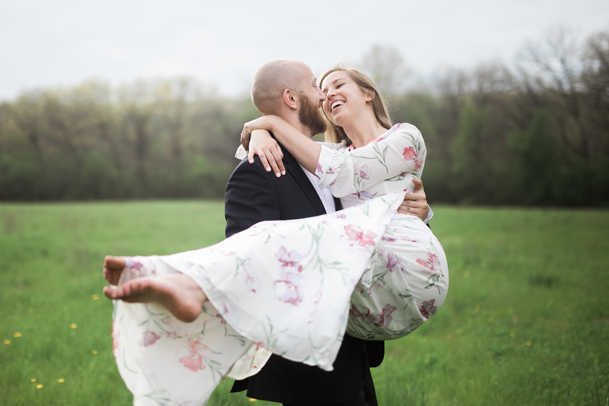 Greehouse-engagement-portraits-Delafield-Wisconsin_055.jpg