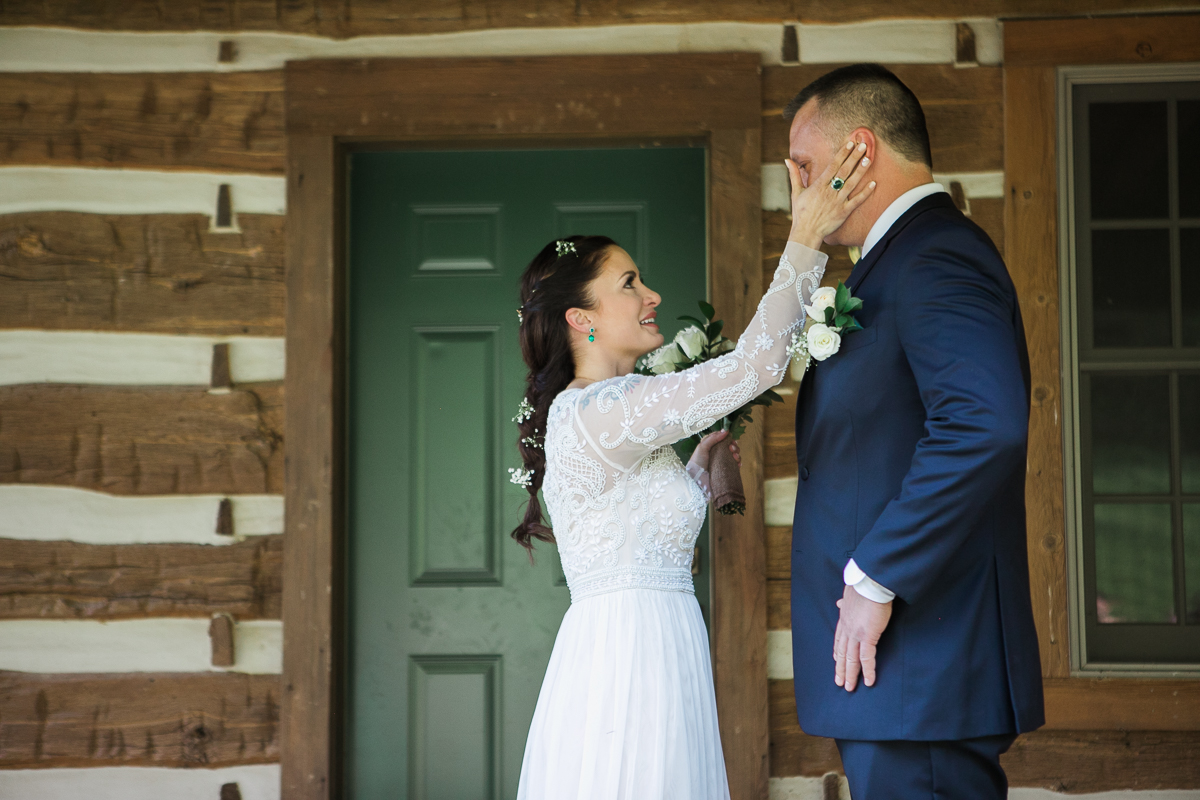 Elopement-cabin-outdoor-wedding-Wisconsin_022.jpg