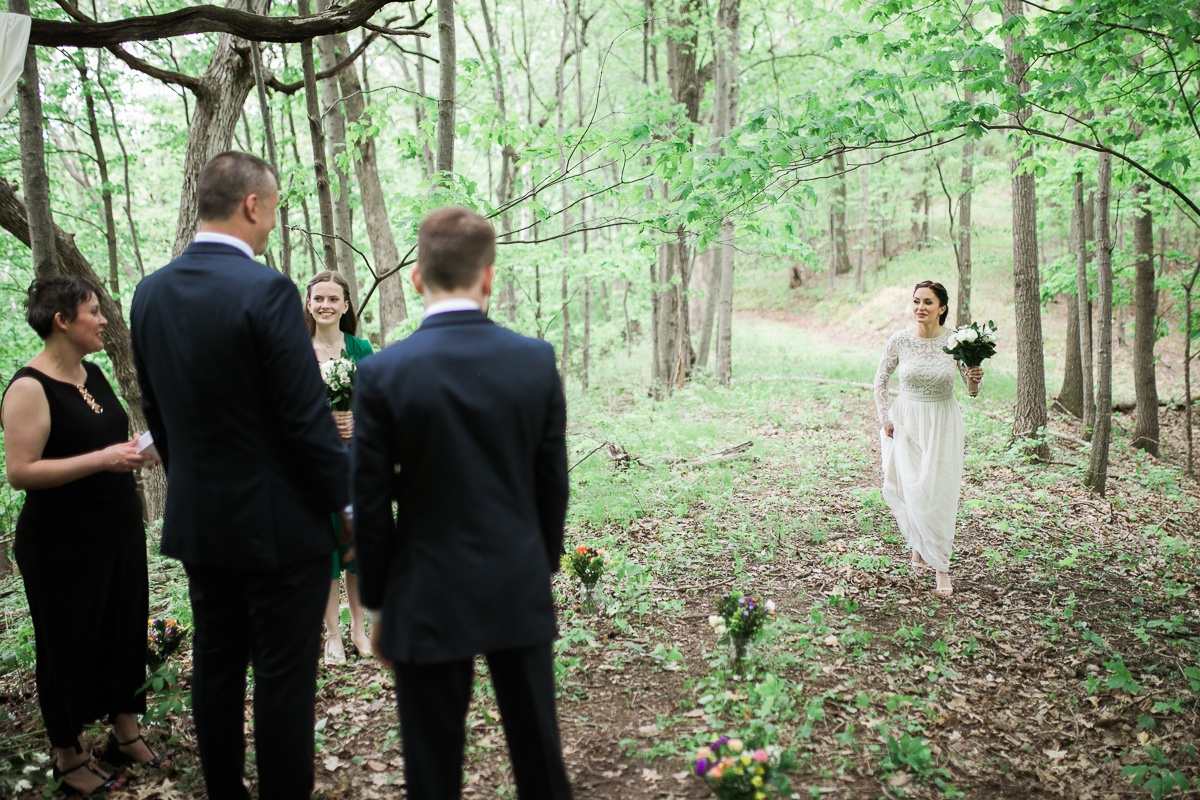 Elopement-cabin-outdoor-wedding-Wisconsin_029.jpg