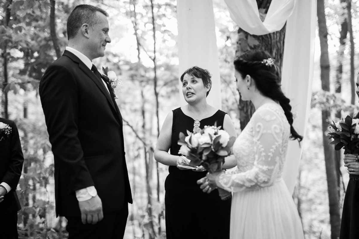 Elopement-cabin-outdoor-wedding-Wisconsin_032.jpg