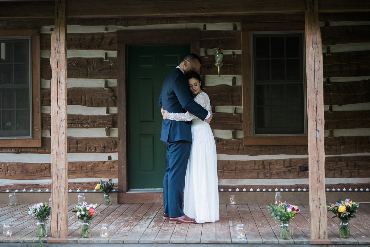Elopement-cabin-outdoor-wedding-Wisconsin_099.jpg