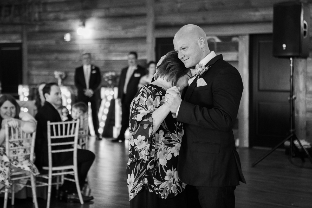 The-Fields-Reserve-Stoughton-Wisconsin-Wedding_116.jpg