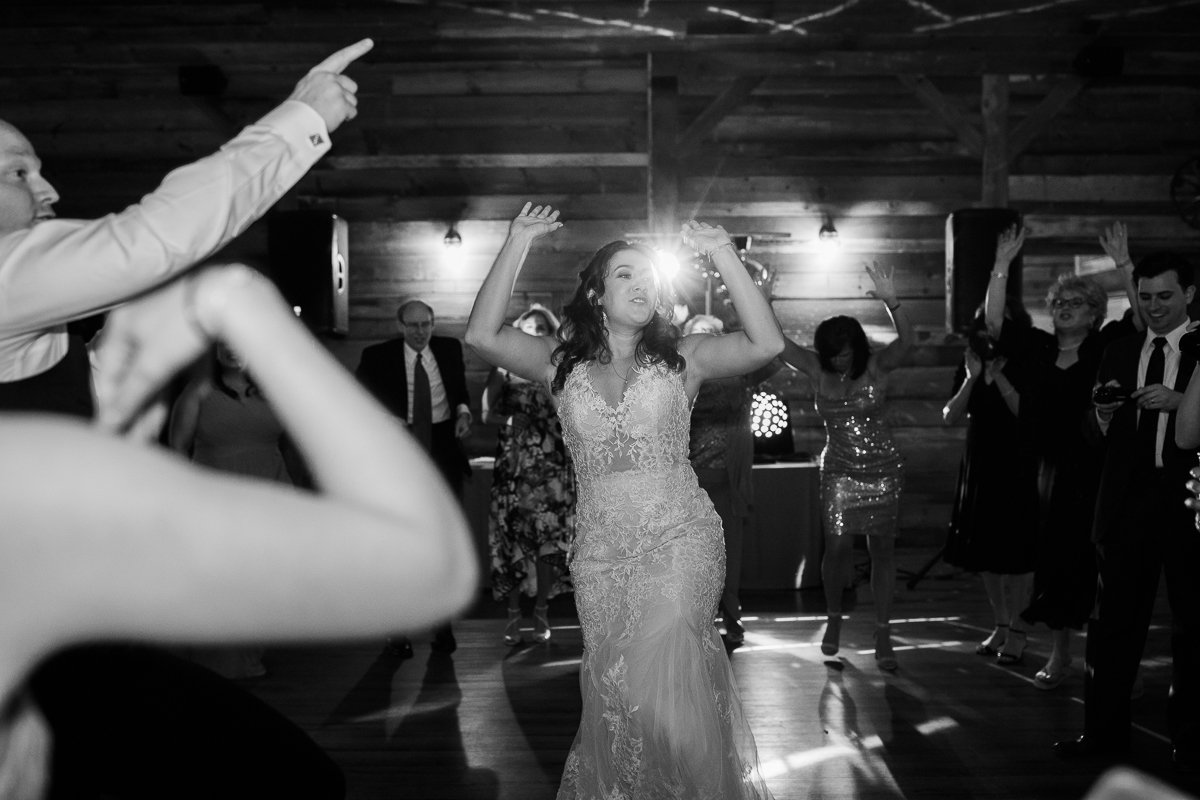 The-Fields-Reserve-Stoughton-Wisconsin-Wedding_145.jpg